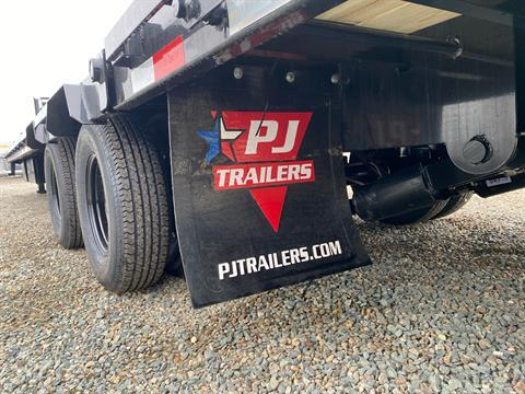 2021 PJ Trailers 36' LOW PRO W/ HYDRAULIC DOVETAIL in Acampo, California - Photo 11