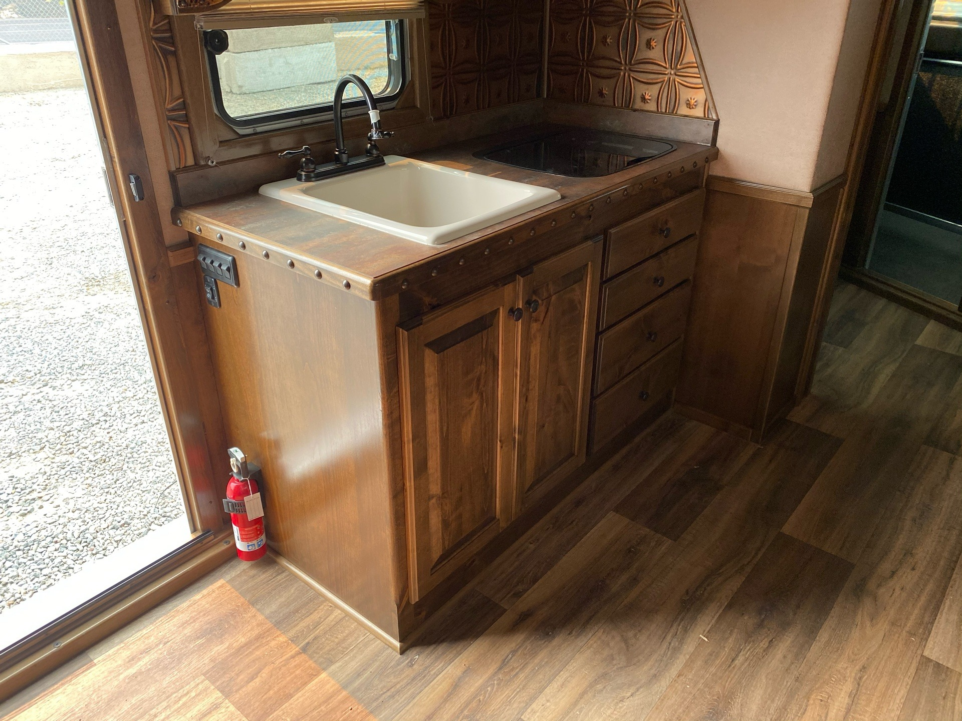 2020 4-Star Trailers 4 HORSE LIVING-QUARTER 14FT SHORTWALL in Acampo, California - Photo 11