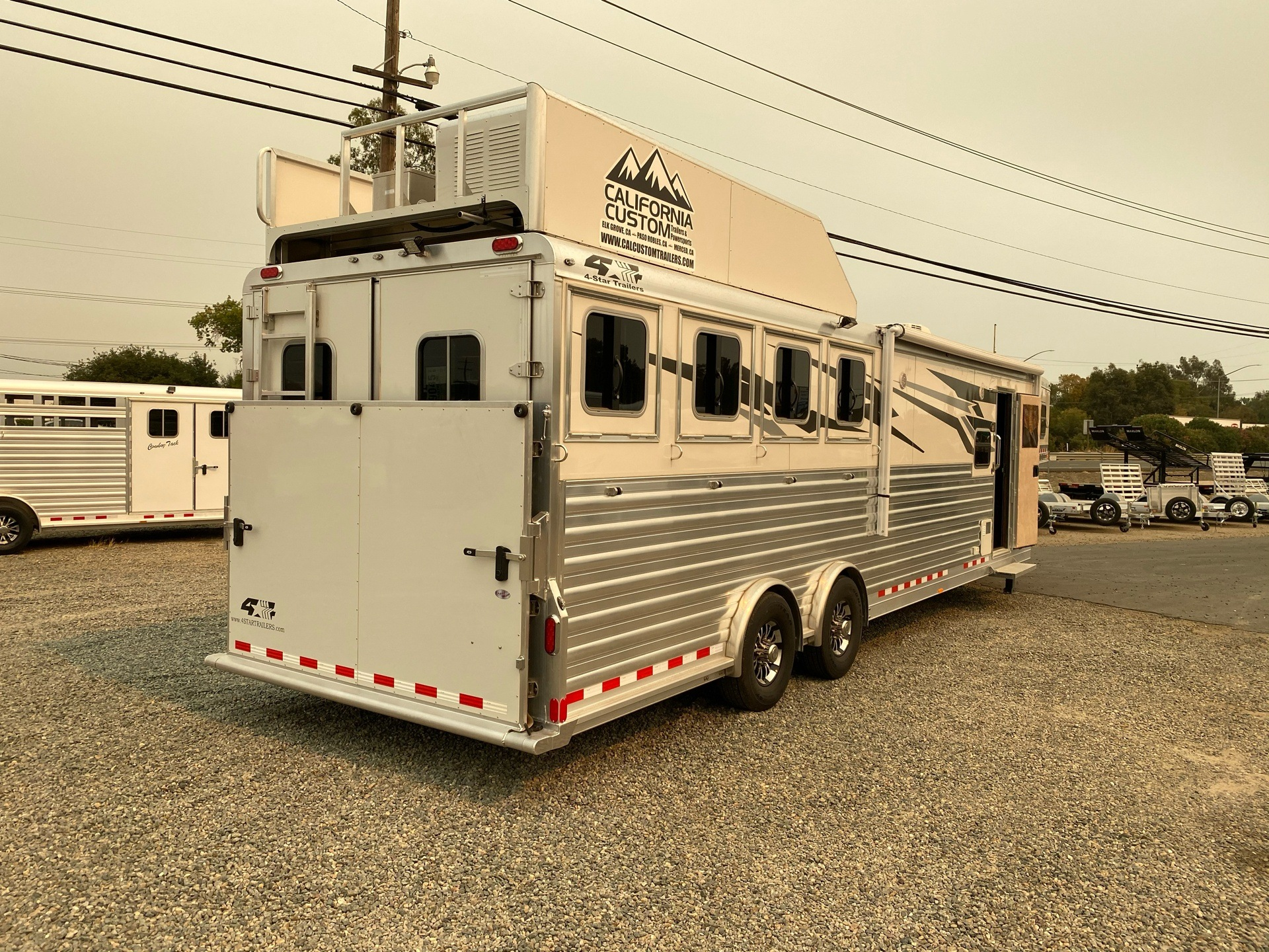 2020 4-Star Trailers 4 HORSE LIVING-QUARTER 14FT SHORTWALL in Acampo, California - Photo 32