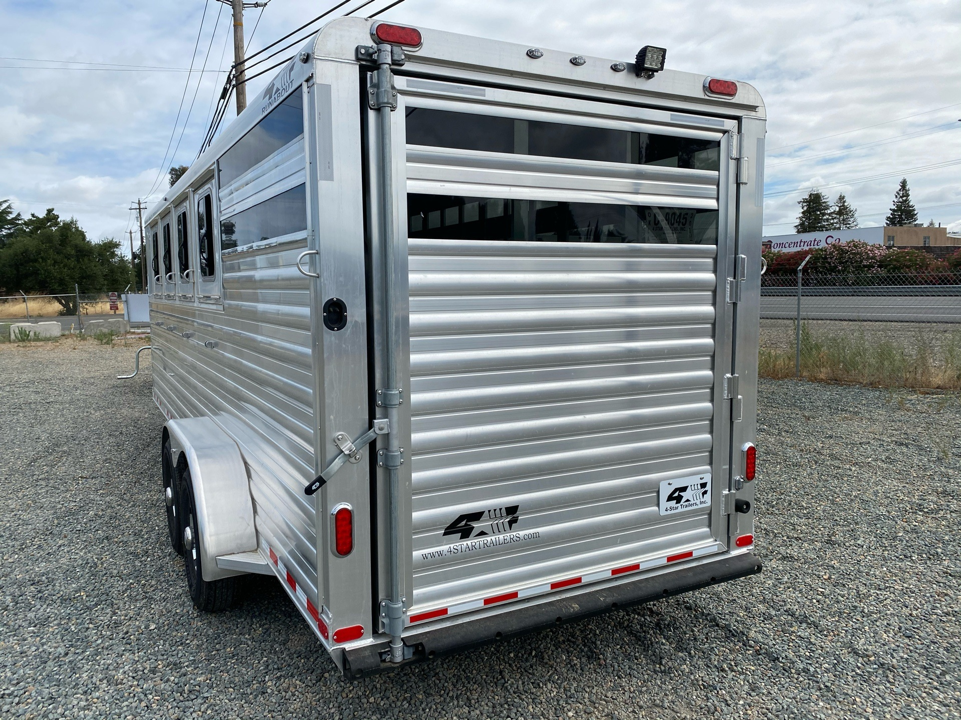 "2020 4-Star Trailers 2020 4-Star 4H GN 22' x 6' 10"" Runabout Stock Combo in Acampo, California - Photo 6"