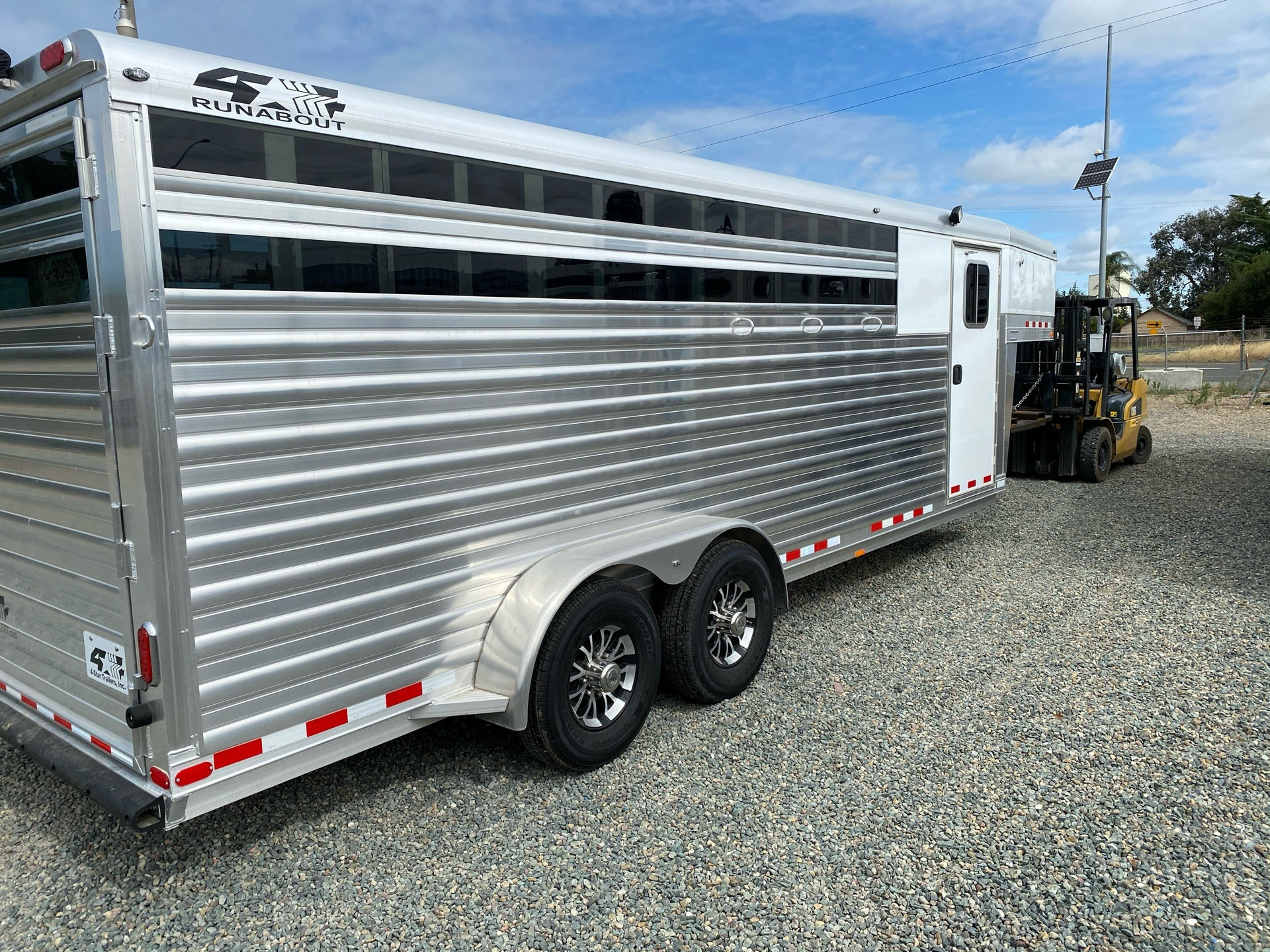 "2020 4-Star Trailers 2020 4-Star 4H GN 22' x 6' 10"" Runabout Stock Combo in Acampo, California - Photo 10"