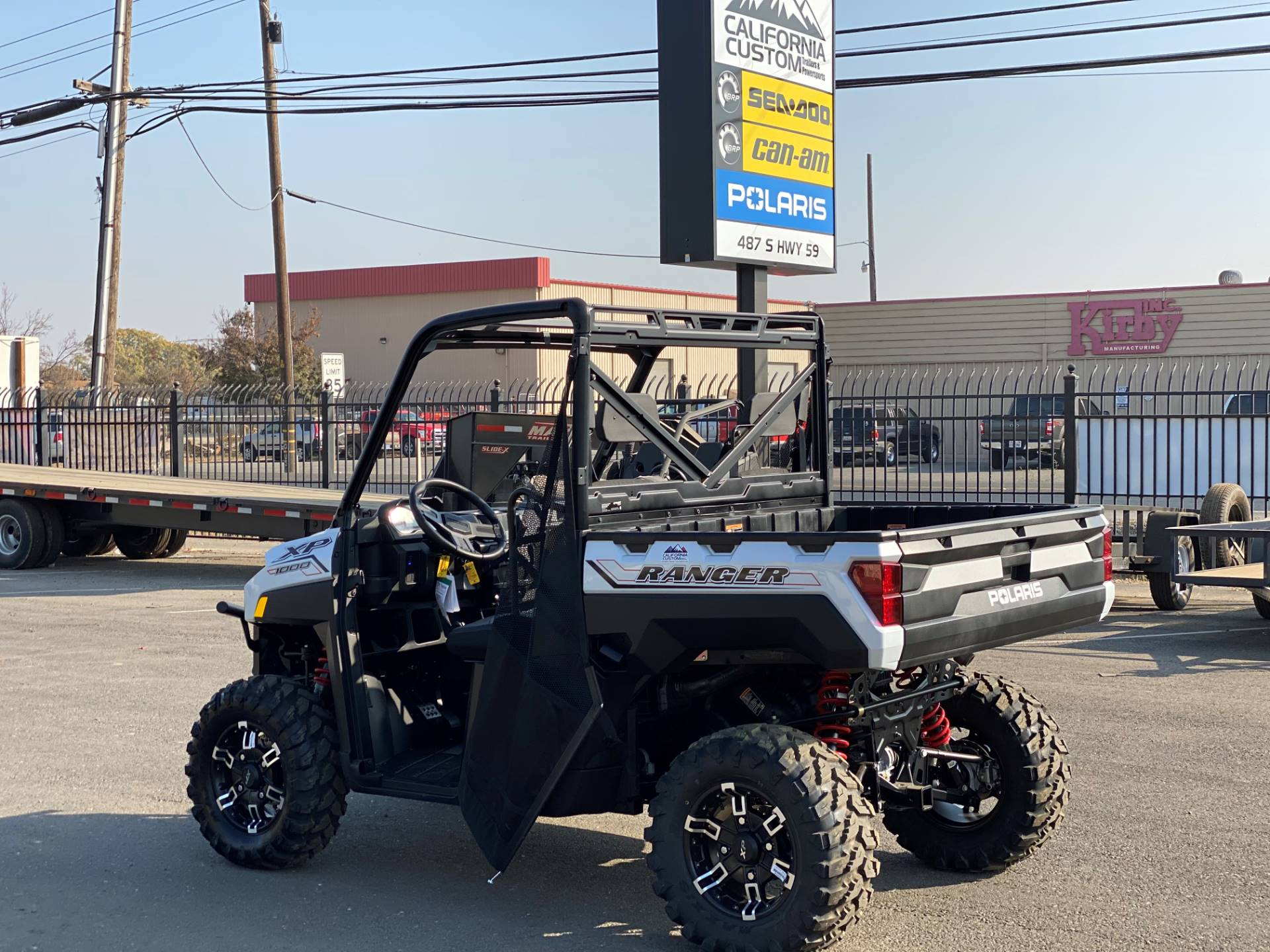 2021 Polaris Ranger XP 1000 Premium in Merced, California - Photo 3
