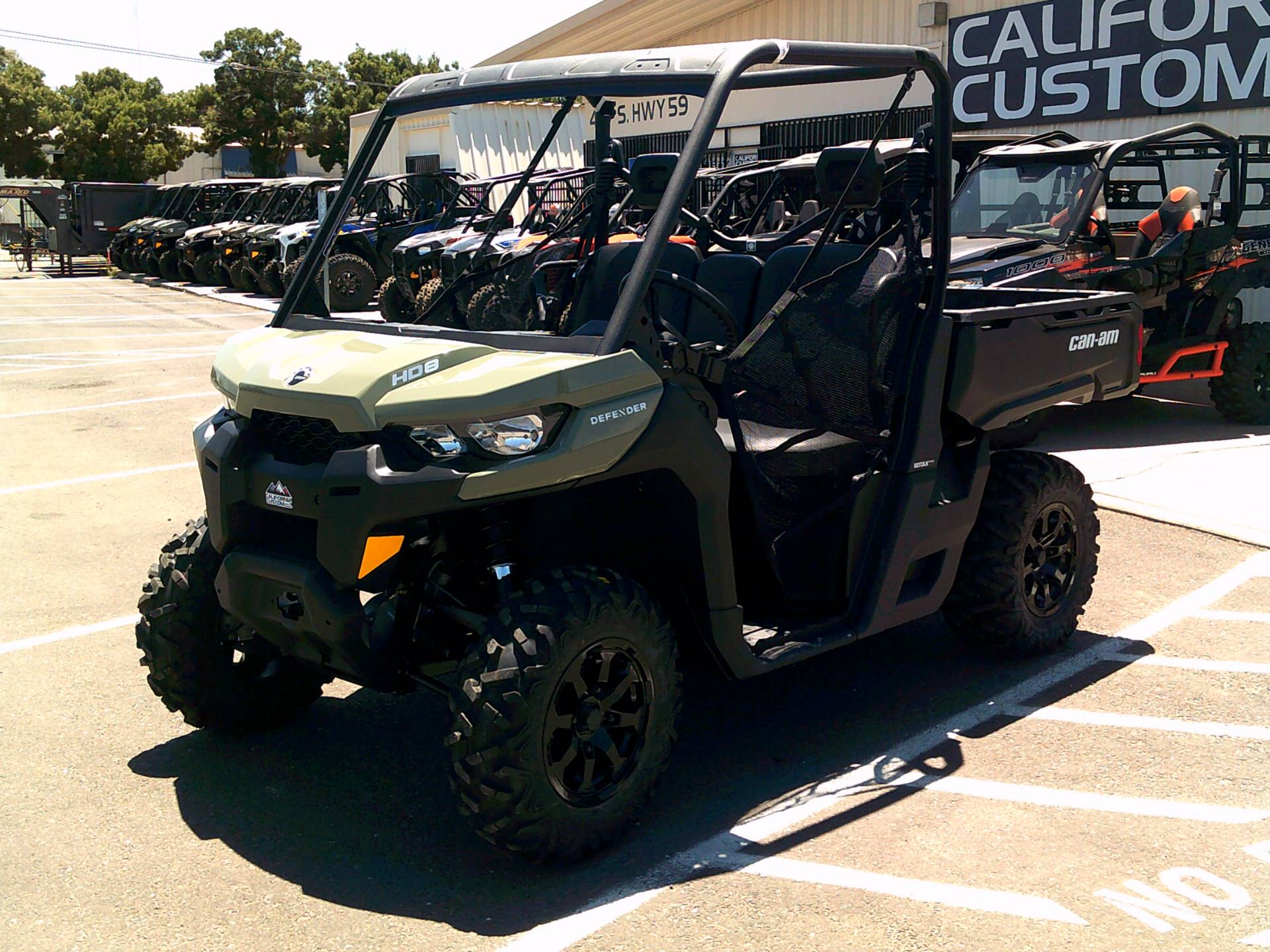 2021 Can-Am Defender DPS HD8 in Merced, California - Photo 2