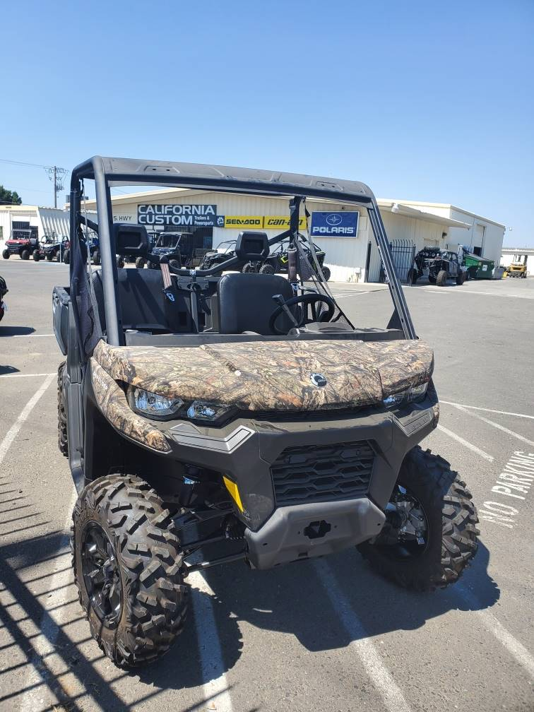 2020 Can-Am Defender DPS HD8 in Merced, California - Photo 2