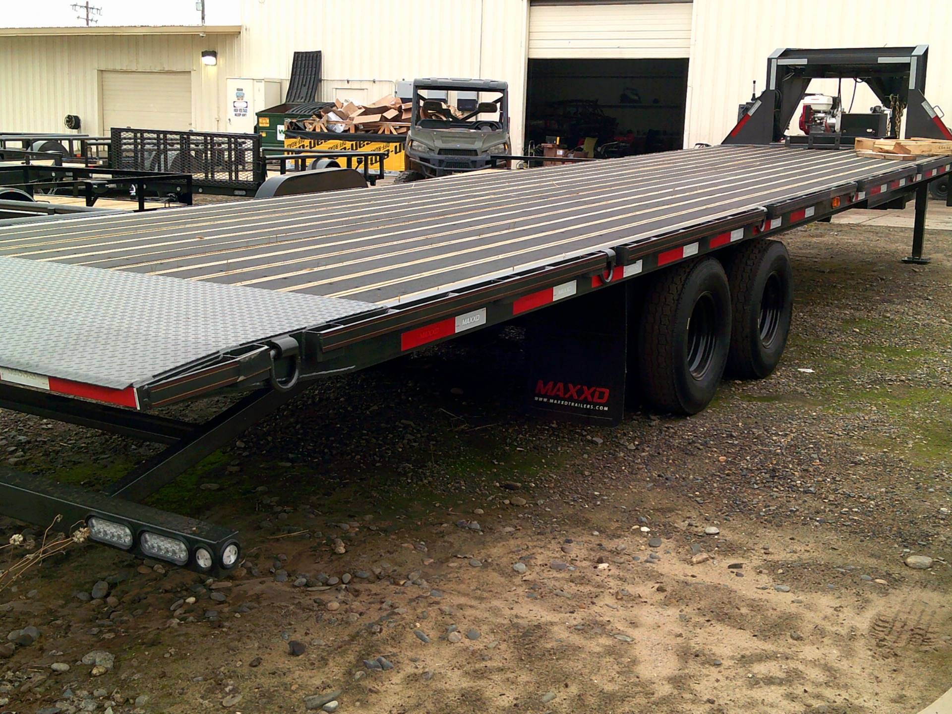 "2020 MAXEY TRAILERS 32' X 102"" FLATBED SLIDE-X TILT in Merced, California - Photo 10"