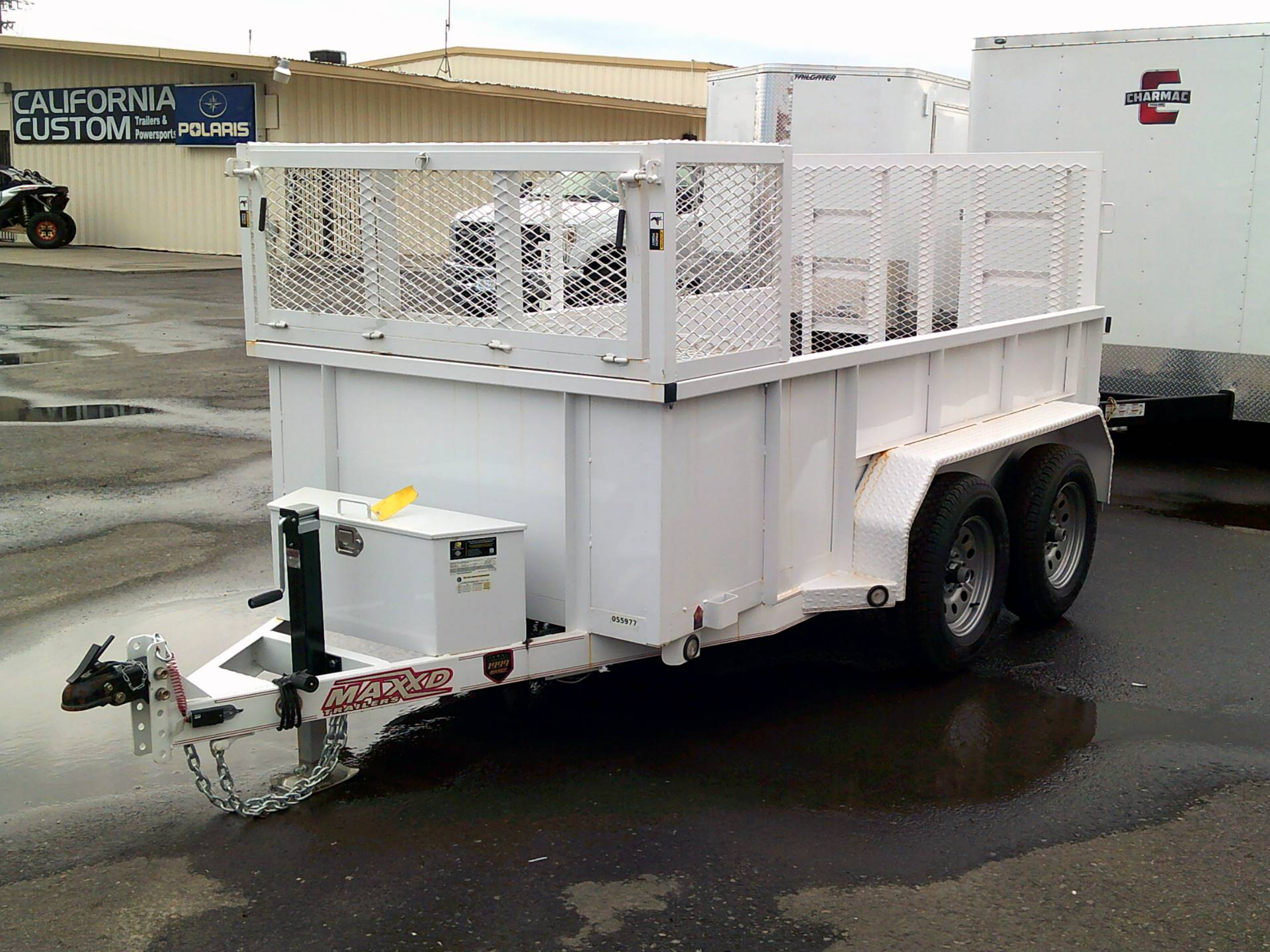 2018 MAXEY TRAILERS 10' X 61
