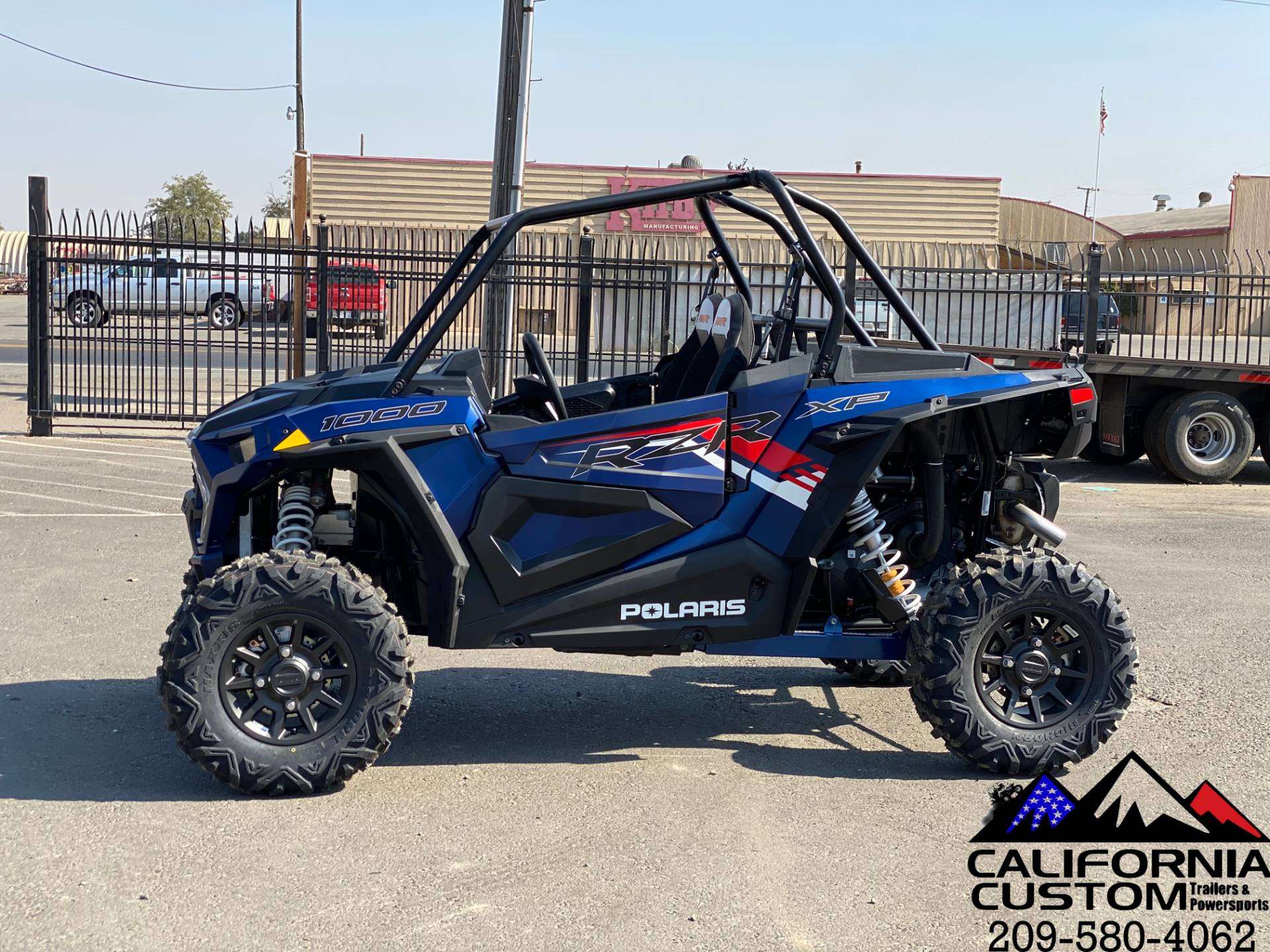 2021 Polaris RZR XP 1000 Premium in Merced, California - Photo 2