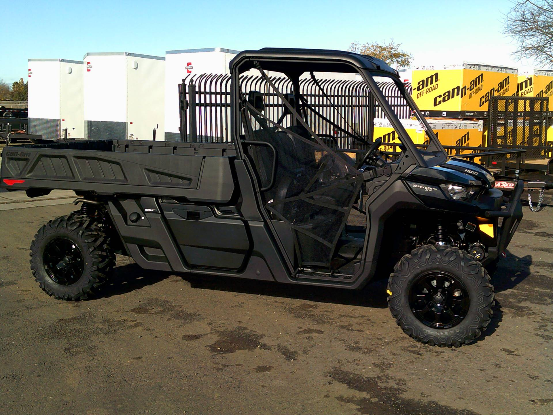 2020 Can-Am Defender Pro XT HD10 in Merced, California - Photo 1
