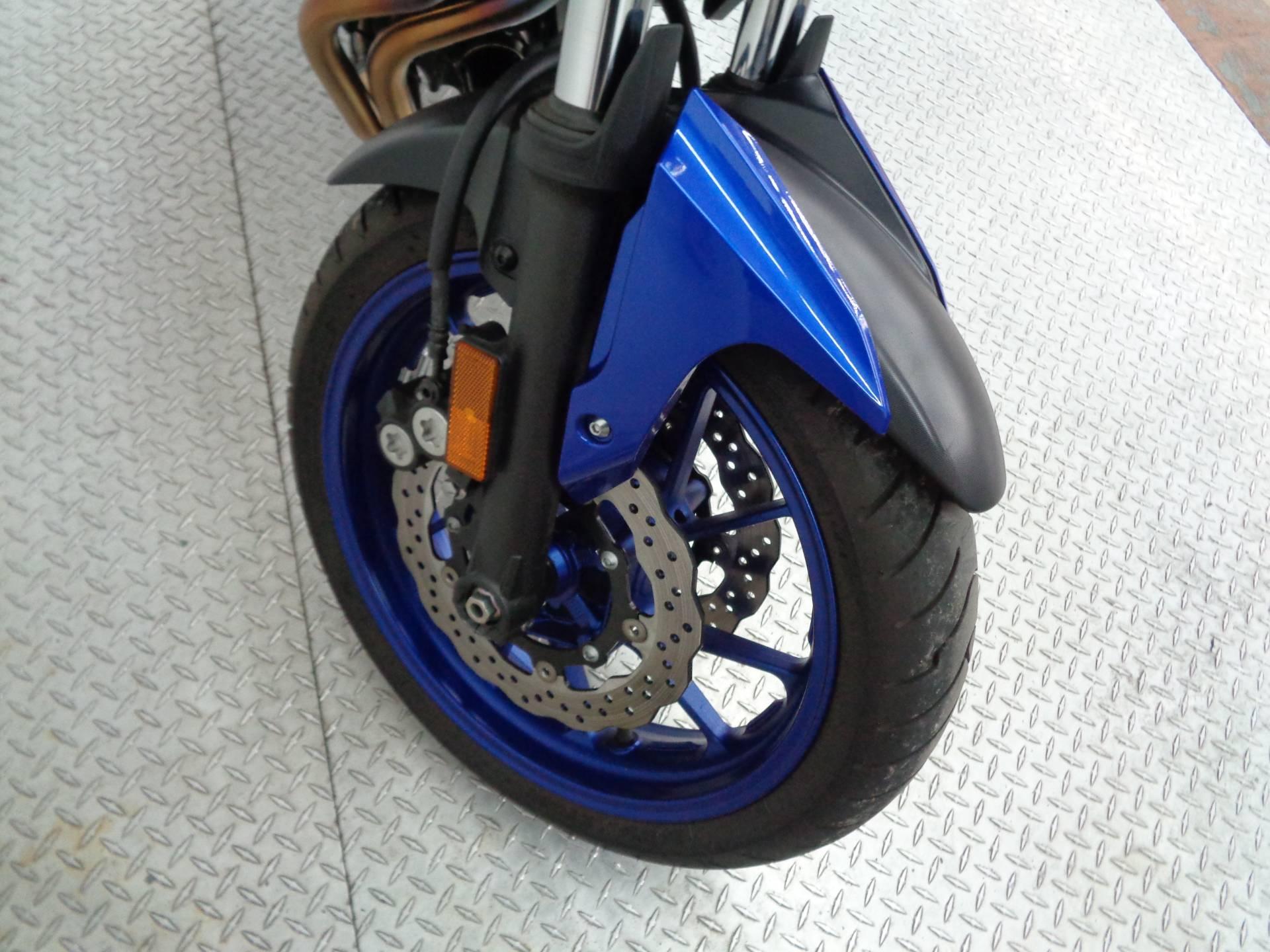 2016 Yamaha FZ-07 11