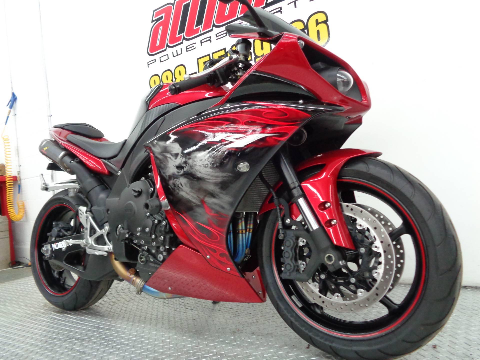 2011 Yamaha YZF-R1 6
