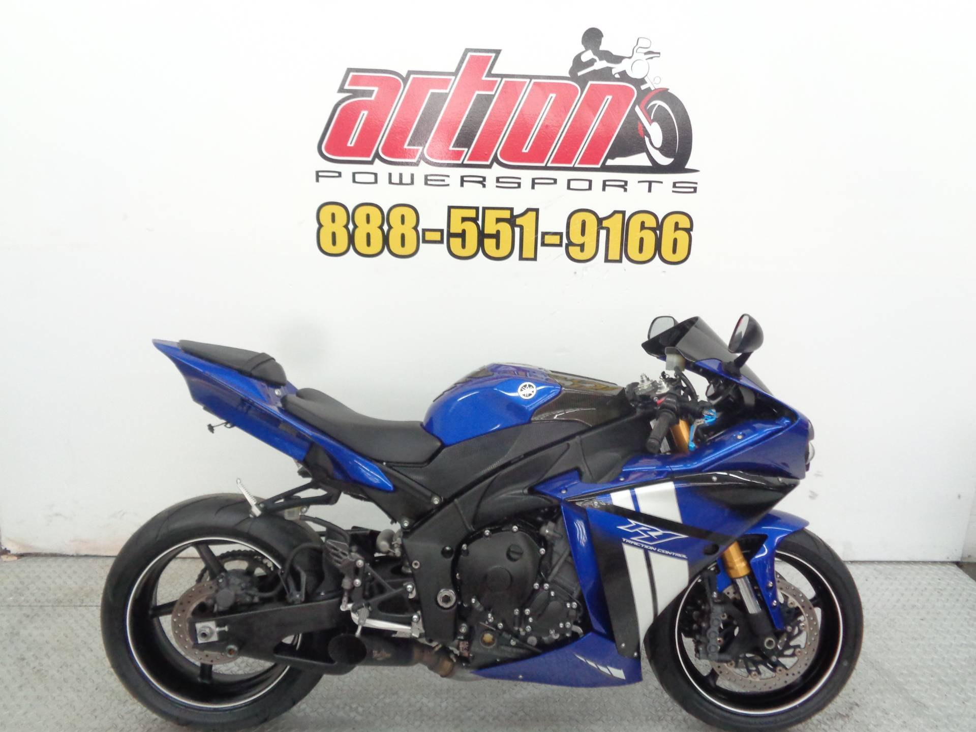 2012 Yamaha R-1 in Tulsa, Oklahoma - Photo 1