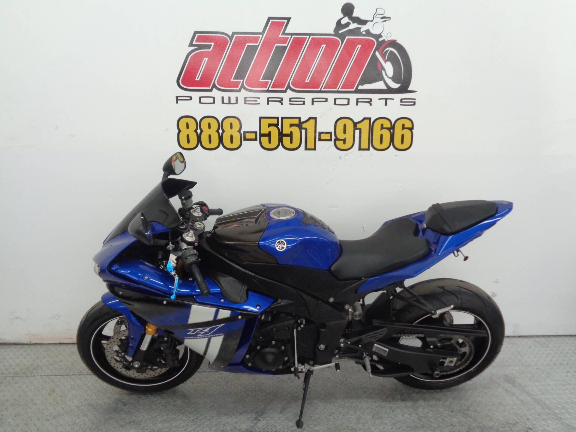 2012 Yamaha R-1 in Tulsa, Oklahoma - Photo 2
