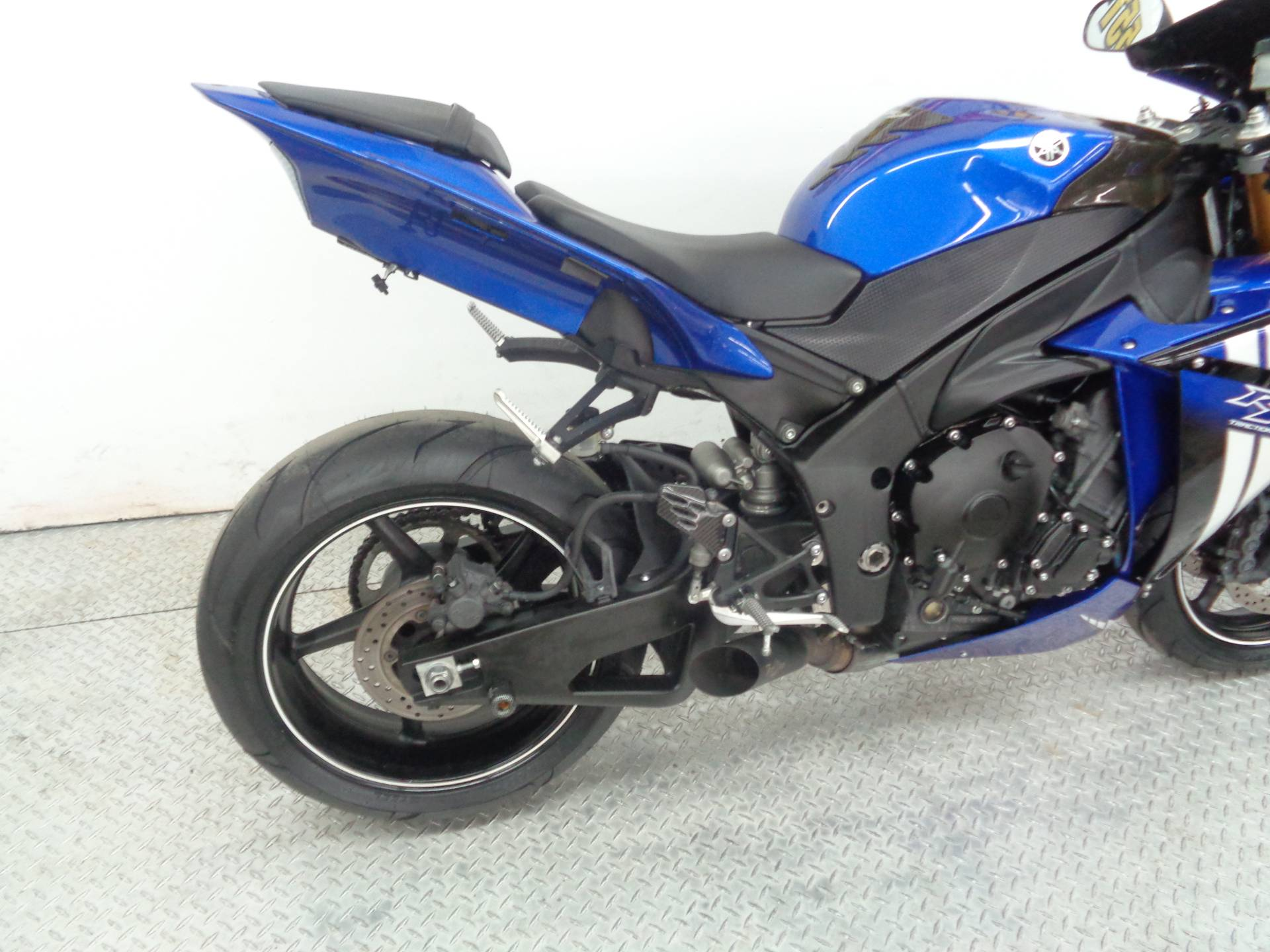 2012 Yamaha R-1 in Tulsa, Oklahoma - Photo 12