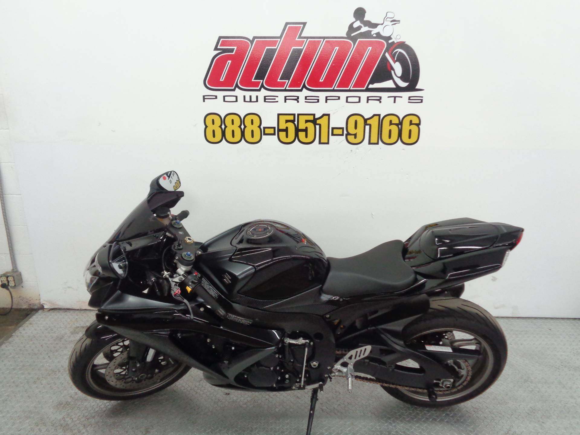 2009 Suzuki GSX-R750 in Tulsa, Oklahoma - Photo 2
