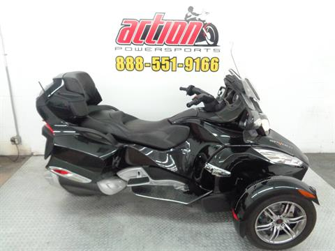 2010 Can-Am Spyder™ RT-S SE5 in Tulsa, Oklahoma - Photo 1