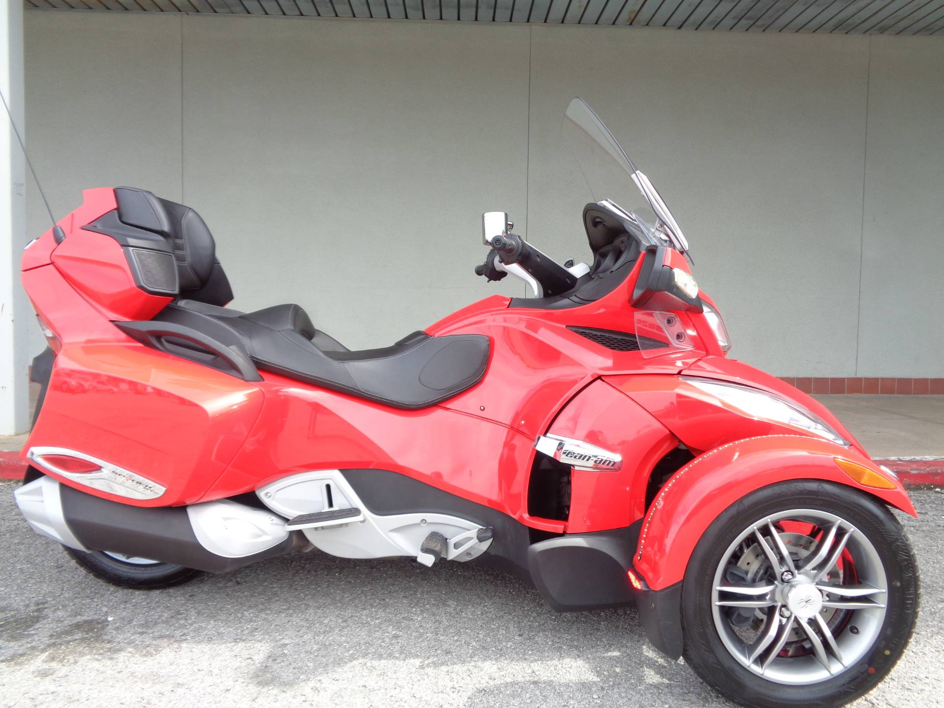 2012 Can-Am Spyder® RT-S SE5 in Tulsa, Oklahoma