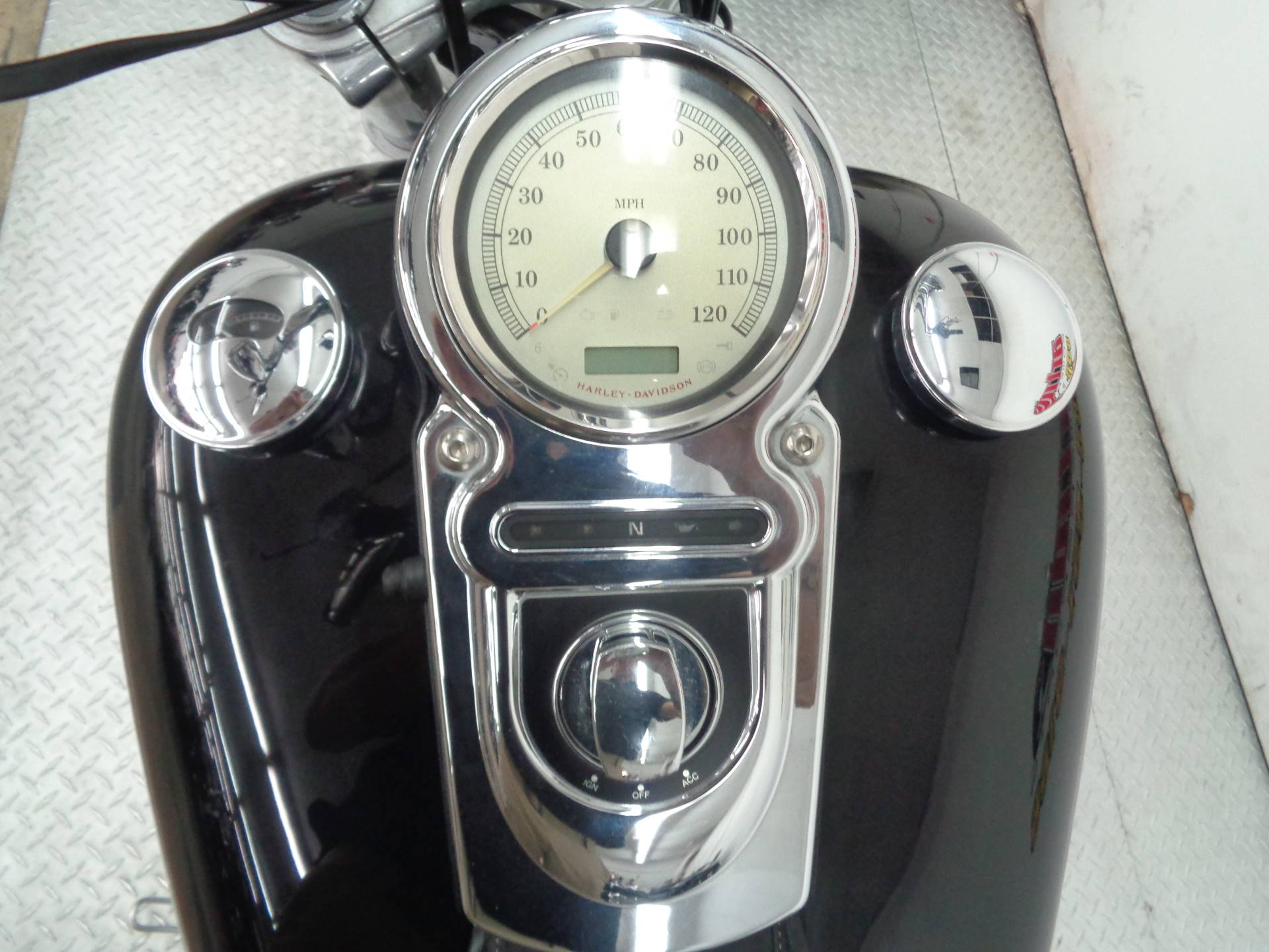 2009 Harley-Davidson Dyna Super Glide Custom in Tulsa, Oklahoma - Photo 6