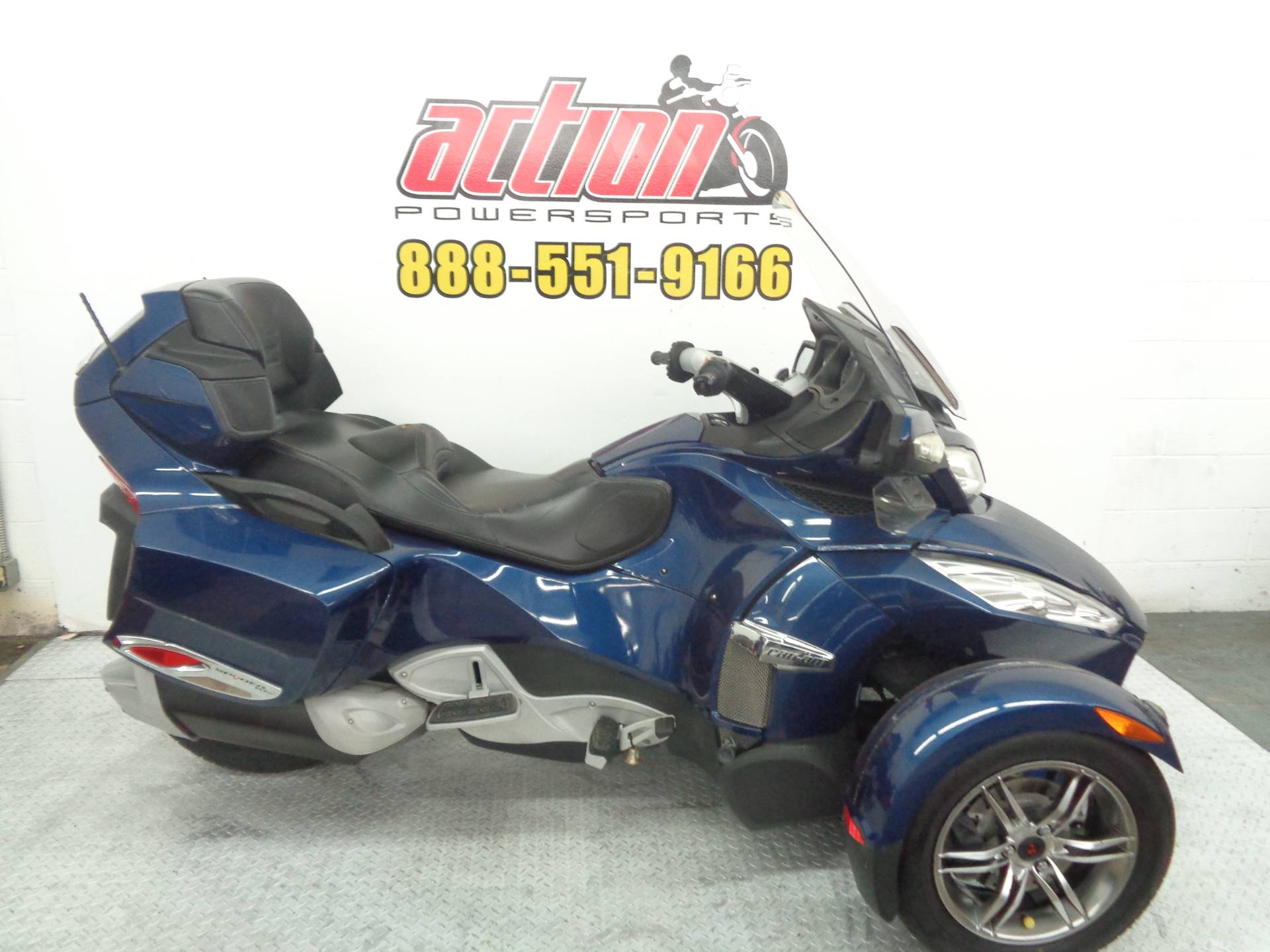 2010 Can-Am Spyder™ RT-S SM5 in Tulsa, Oklahoma