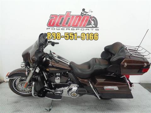 2013 Harley-Davidson Electra Glide® Ultra Limited 110th Anniversary Edition in Tulsa, Oklahoma - Photo 2
