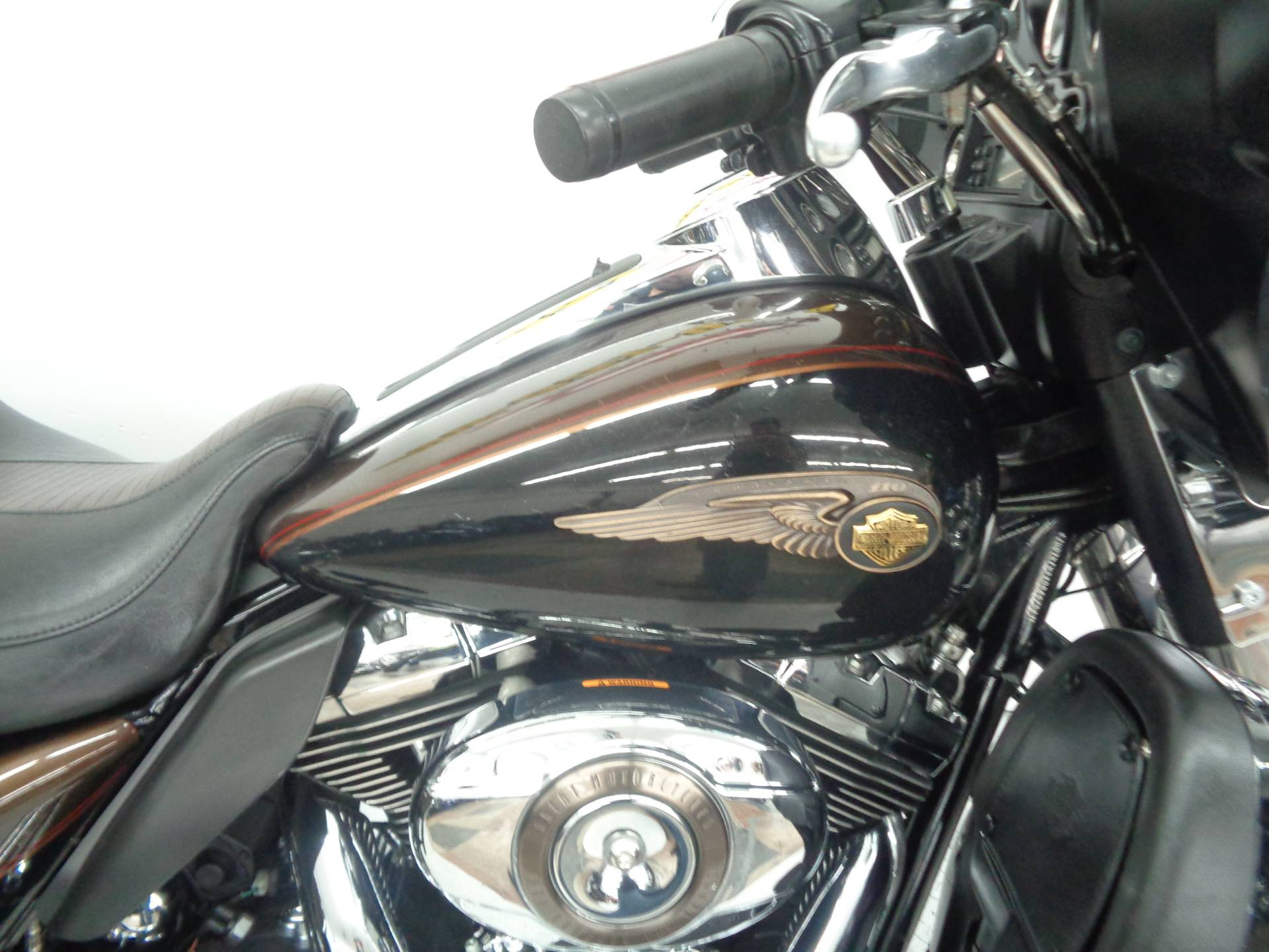 2013 Harley-Davidson Electra Glide® Ultra Limited 110th Anniversary Edition in Tulsa, Oklahoma - Photo 10