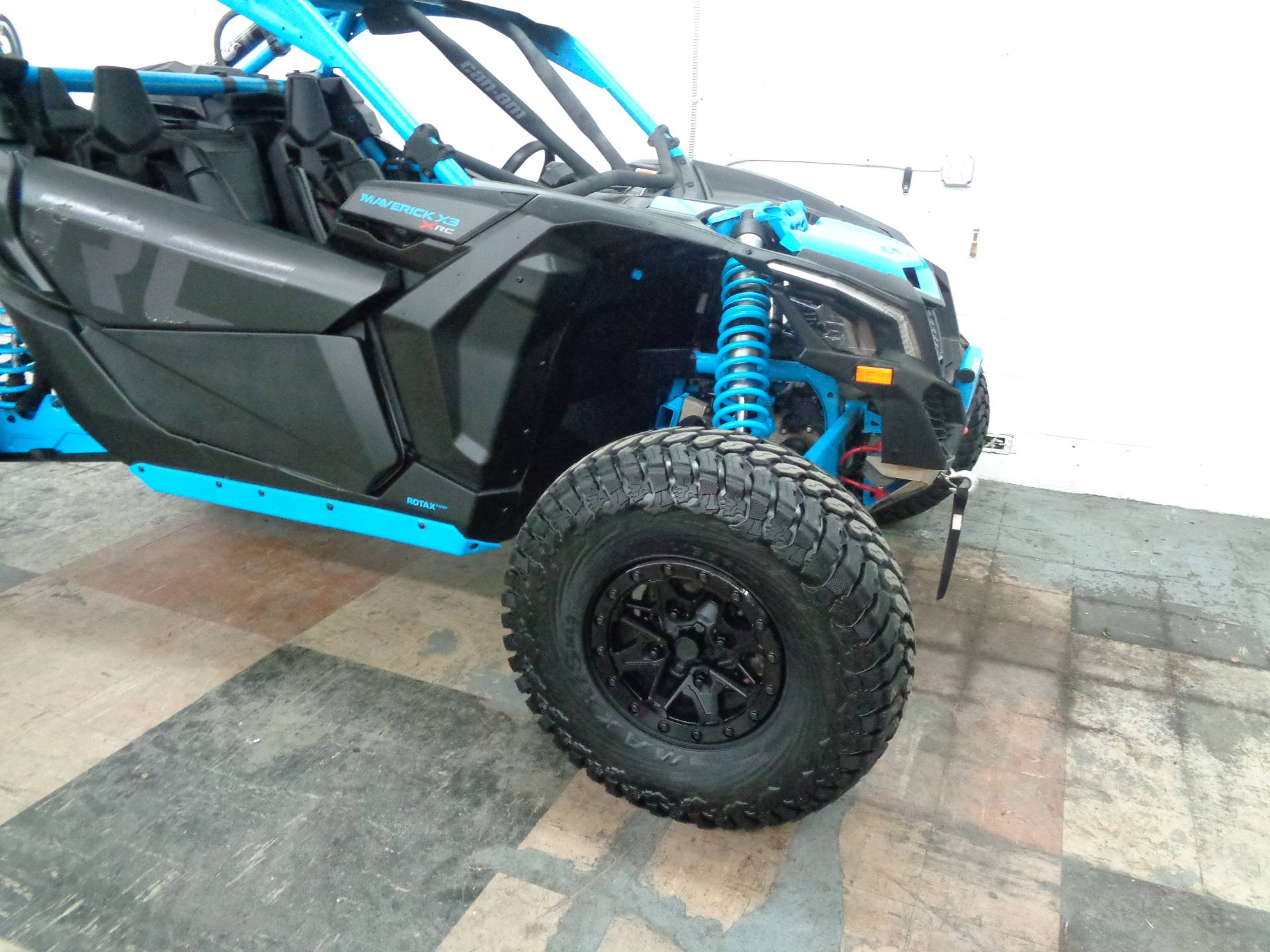 2018 Can-Am Maverick X3 X rc Turbo R in Tulsa, Oklahoma - Photo 2