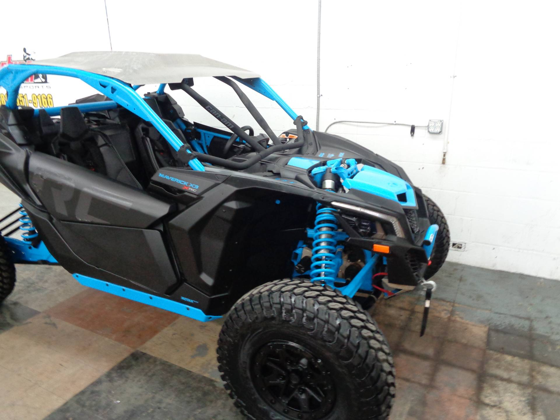 2018 Can-Am Maverick X3 X rc Turbo R in Tulsa, Oklahoma - Photo 3