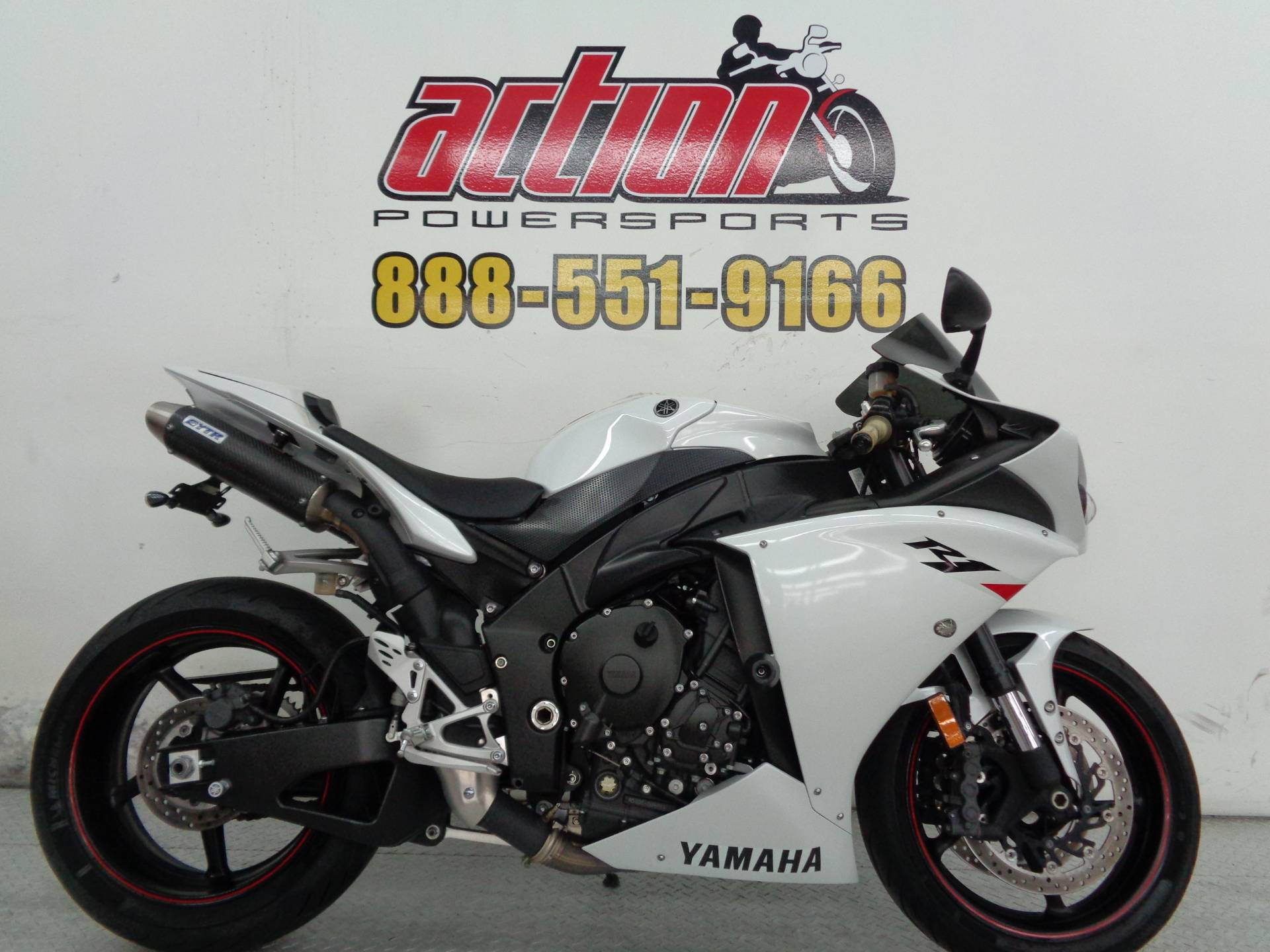 2010 yamaha yzf r1 for sale for Yamaha r1 deals