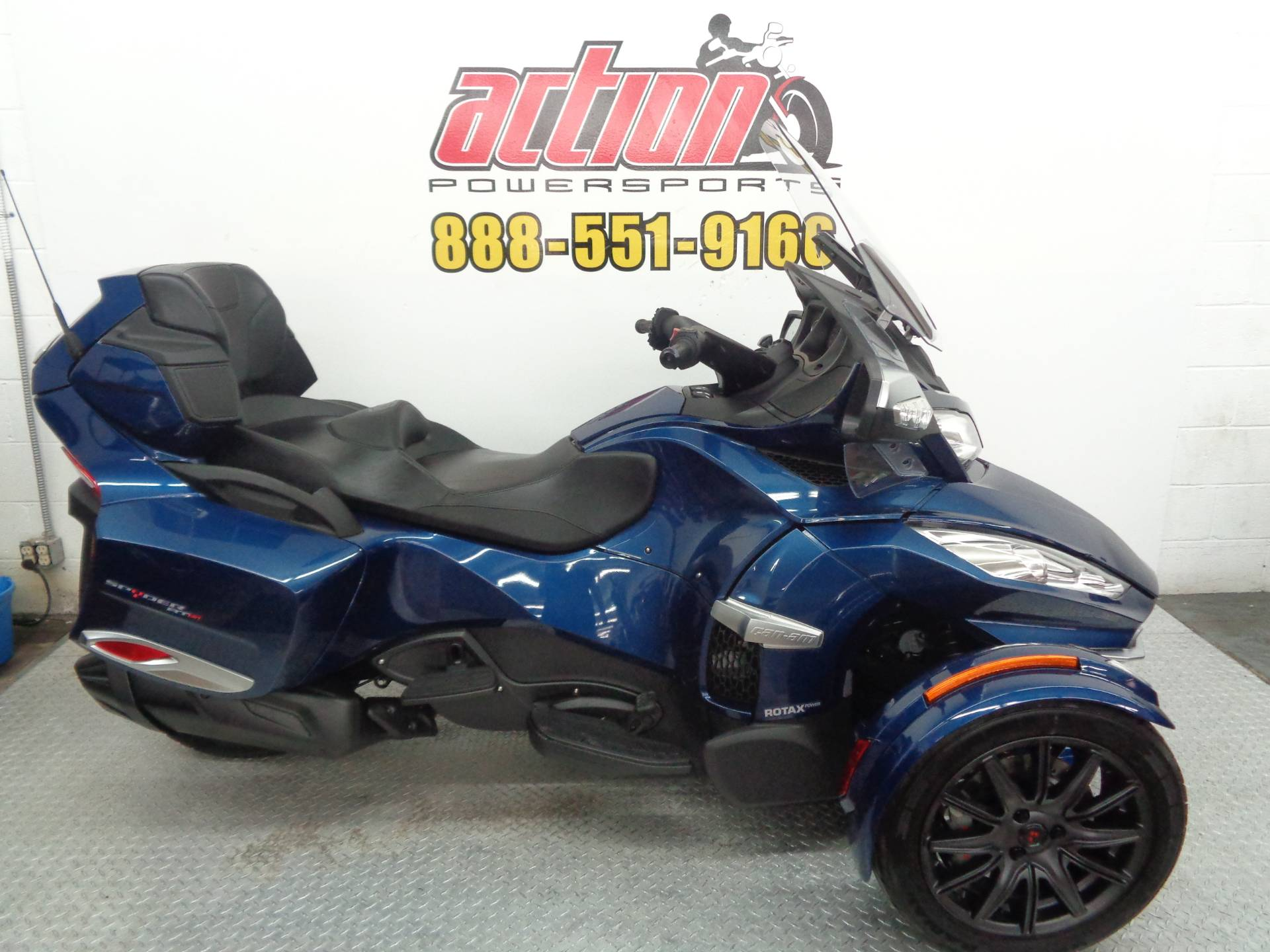 2017 Can-Am Spyder RT-S in Tulsa, Oklahoma - Photo 1