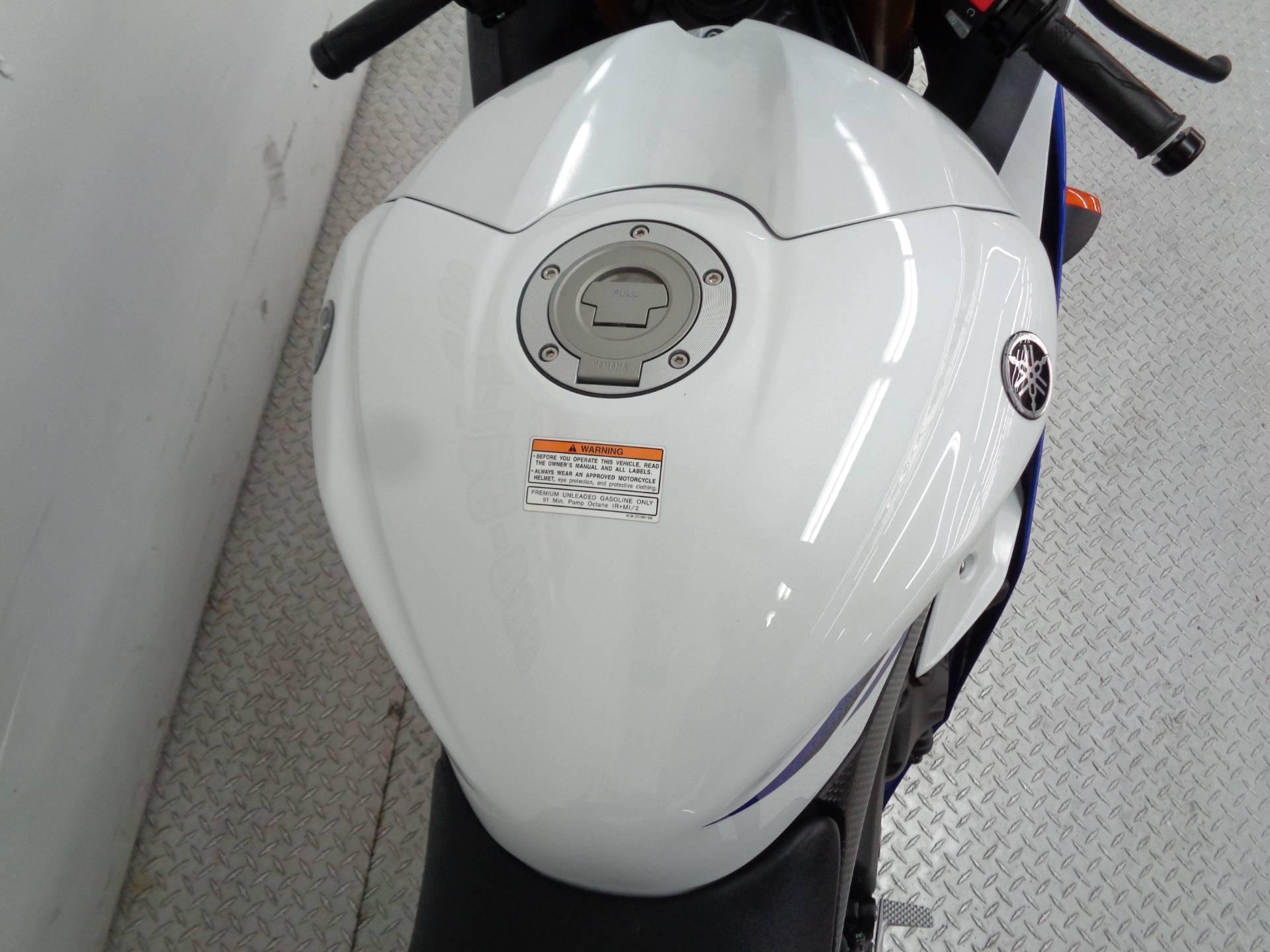 2014 Yamaha YZF-R6 8