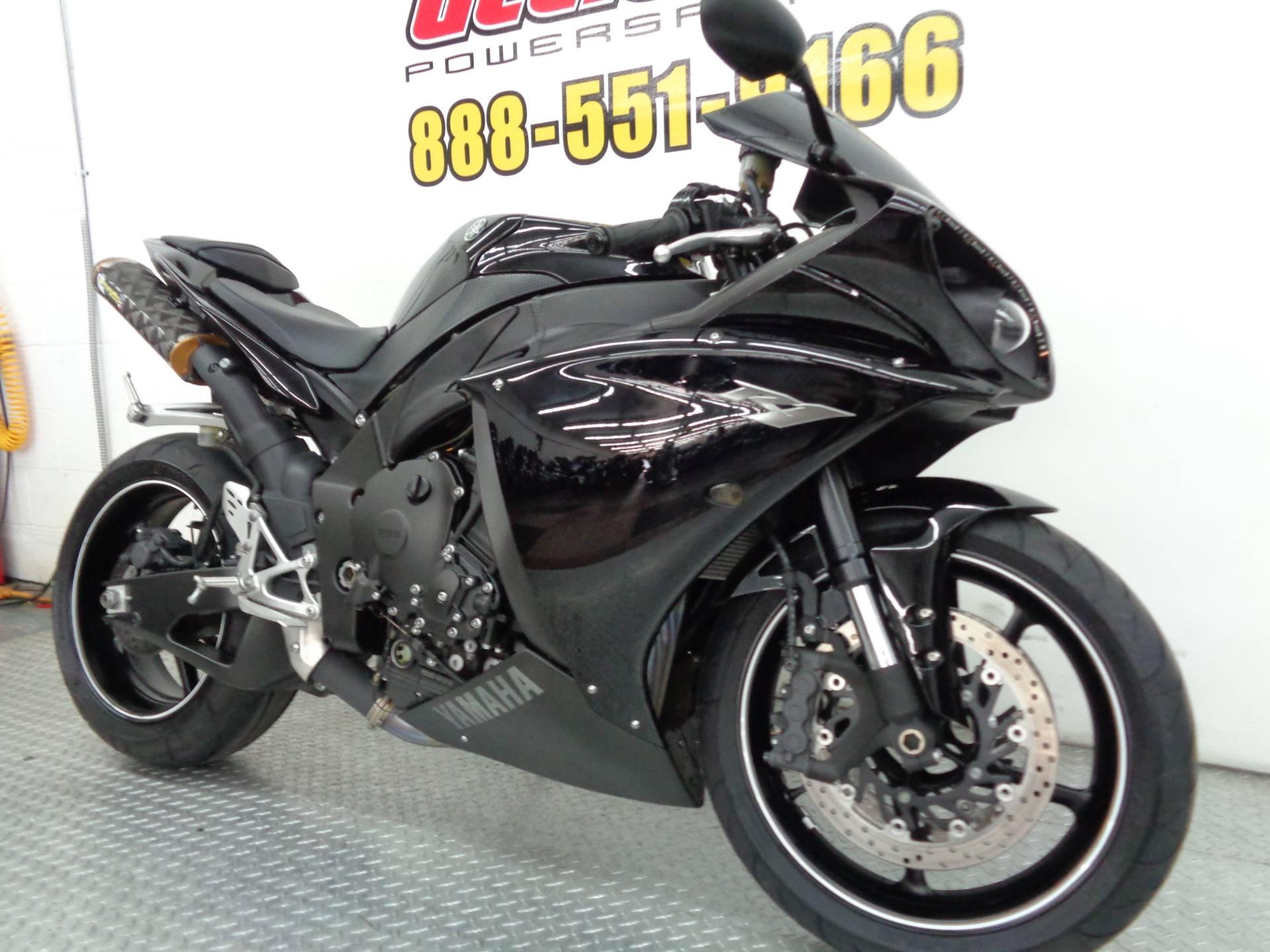 2010 Yamaha YZF-R1 6