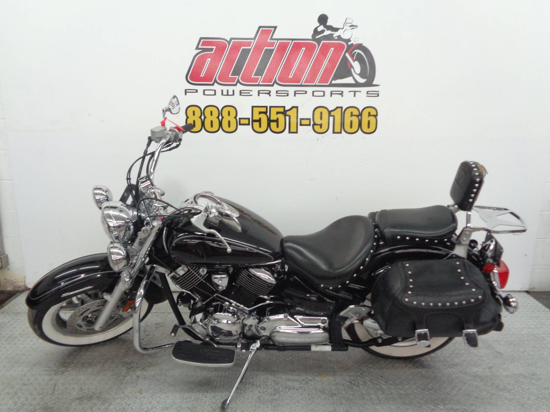 2008 Yamaha V Star® 1100 Silverado® in Tulsa, Oklahoma - Photo 2