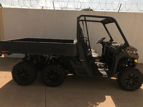 2020 Can-Am Defender 6x6 DPS HD10 in Broken Arrow, Oklahoma