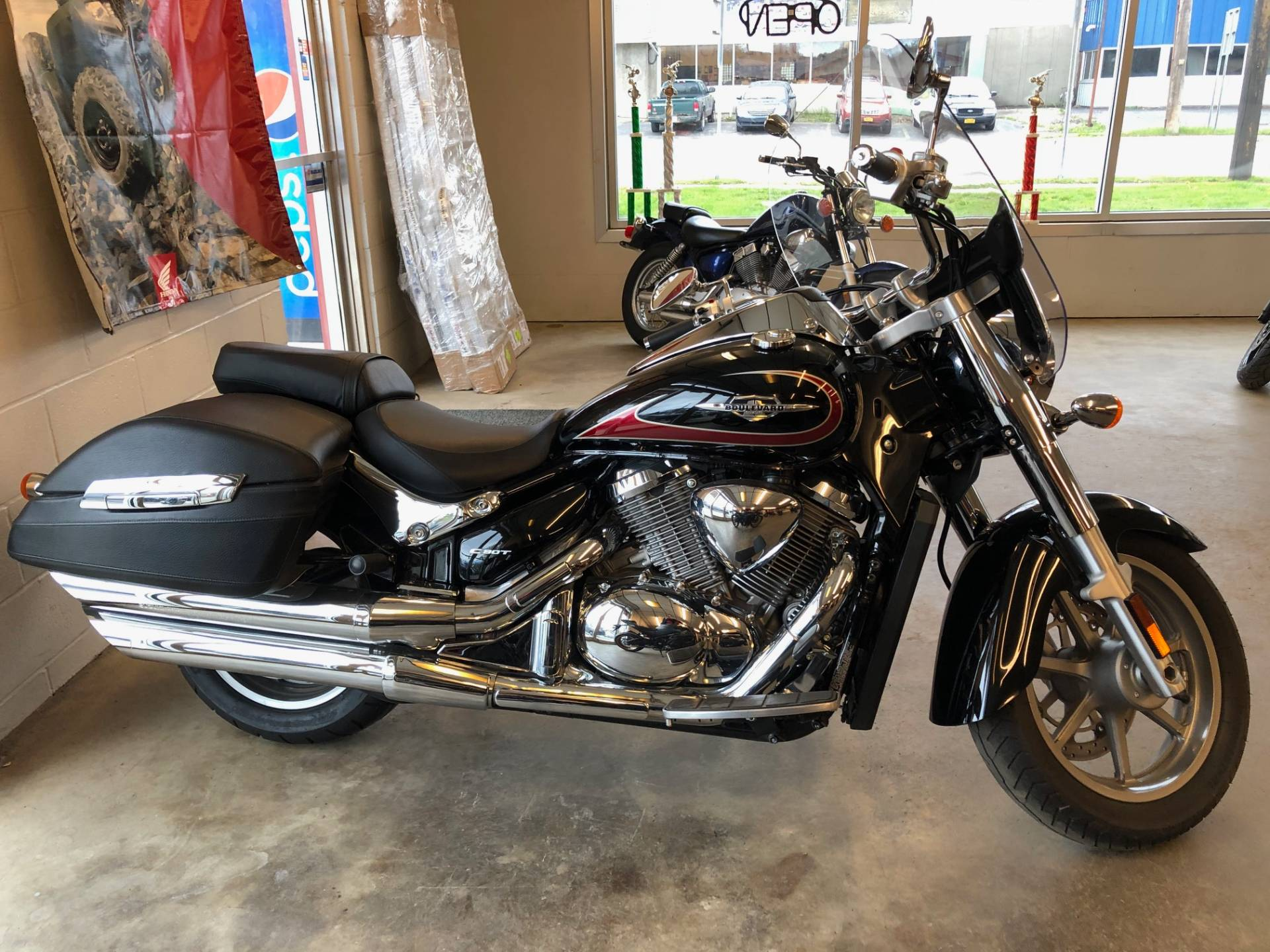 2017 Suzuki Boulevard C90T in Jamestown, New York - Photo 1