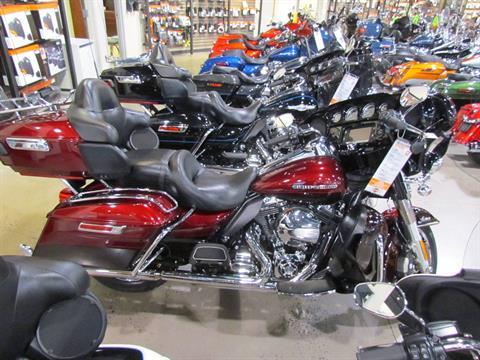 2015 Harley-Davidson Ultra Limited in New York Mills, New York