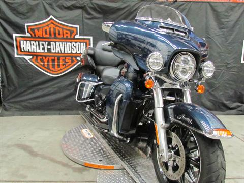 2016 Harley-Davidson Limited Low in New York Mills, New York