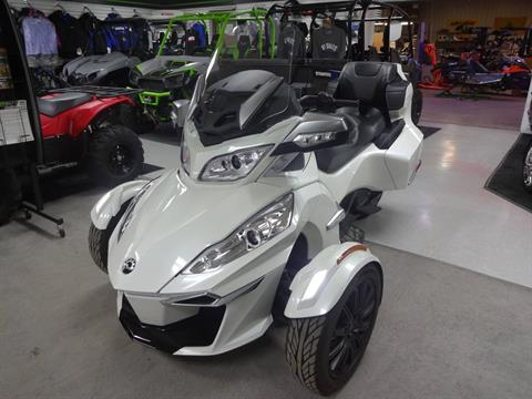 2016 Can-Am Spyder RT-S SE6 in Zulu, Indiana - Photo 1
