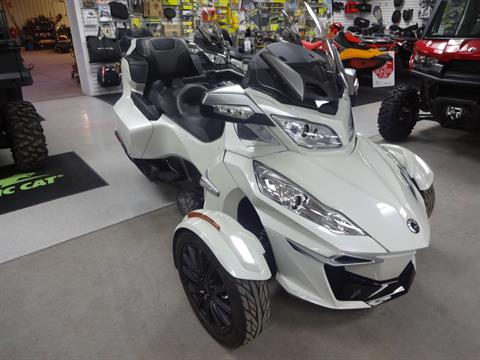 2016 Can-Am Spyder RT-S SE6 in Zulu, Indiana - Photo 2