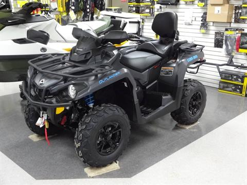 2020 Can-Am Outlander MAX XT 570 in Zulu, Indiana