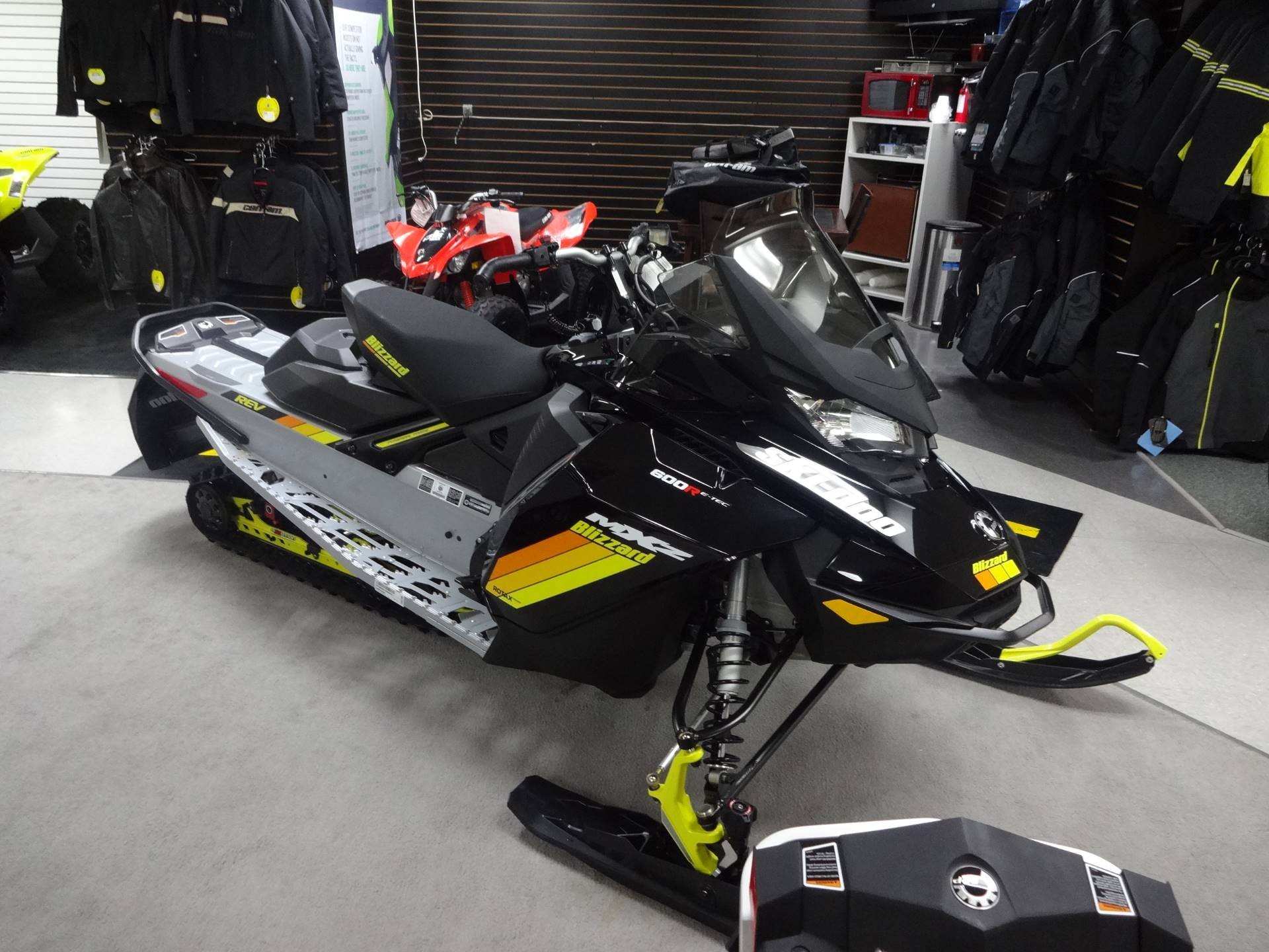 2019 Ski-Doo MXZ Blizzard 600R E-Tec in Zulu, Indiana - Photo 2