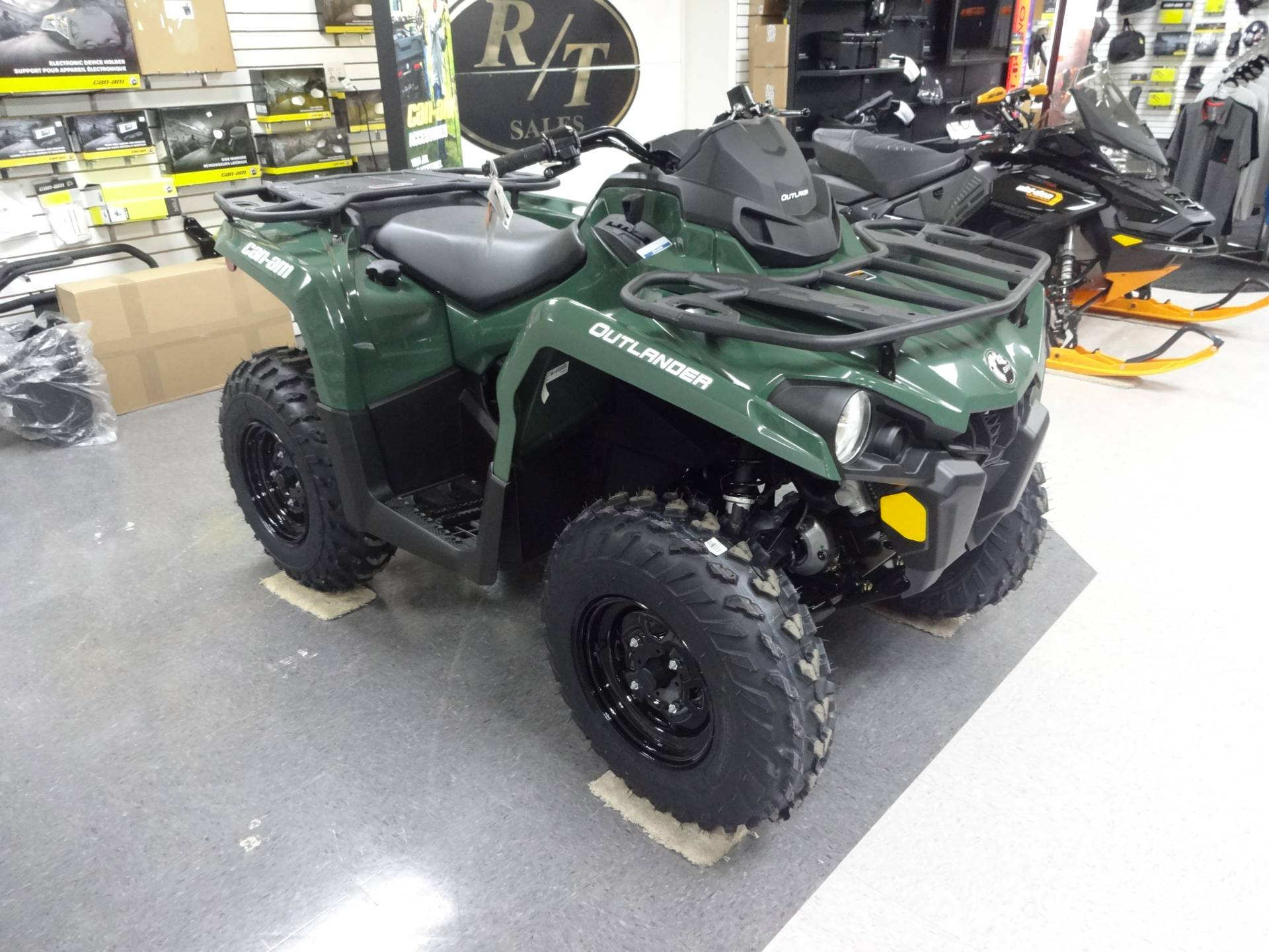 2021 Can-Am Outlander DPS 450 in Zulu, Indiana - Photo 1