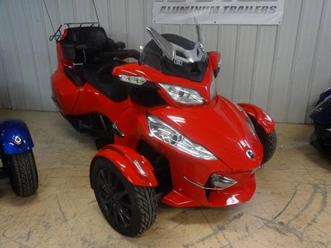 2013 Can-Am Spyder® RT-S SE5 in Zulu, Indiana