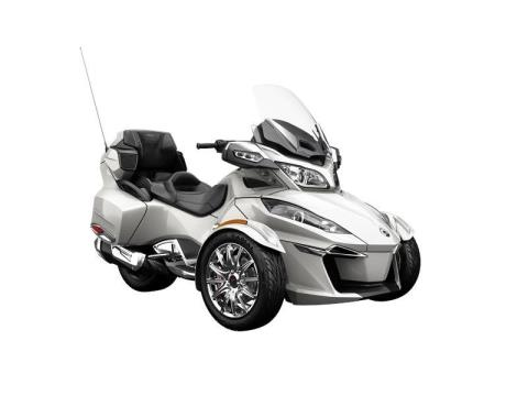 2016 Can-Am Spyder RT Limited in Zulu, Indiana