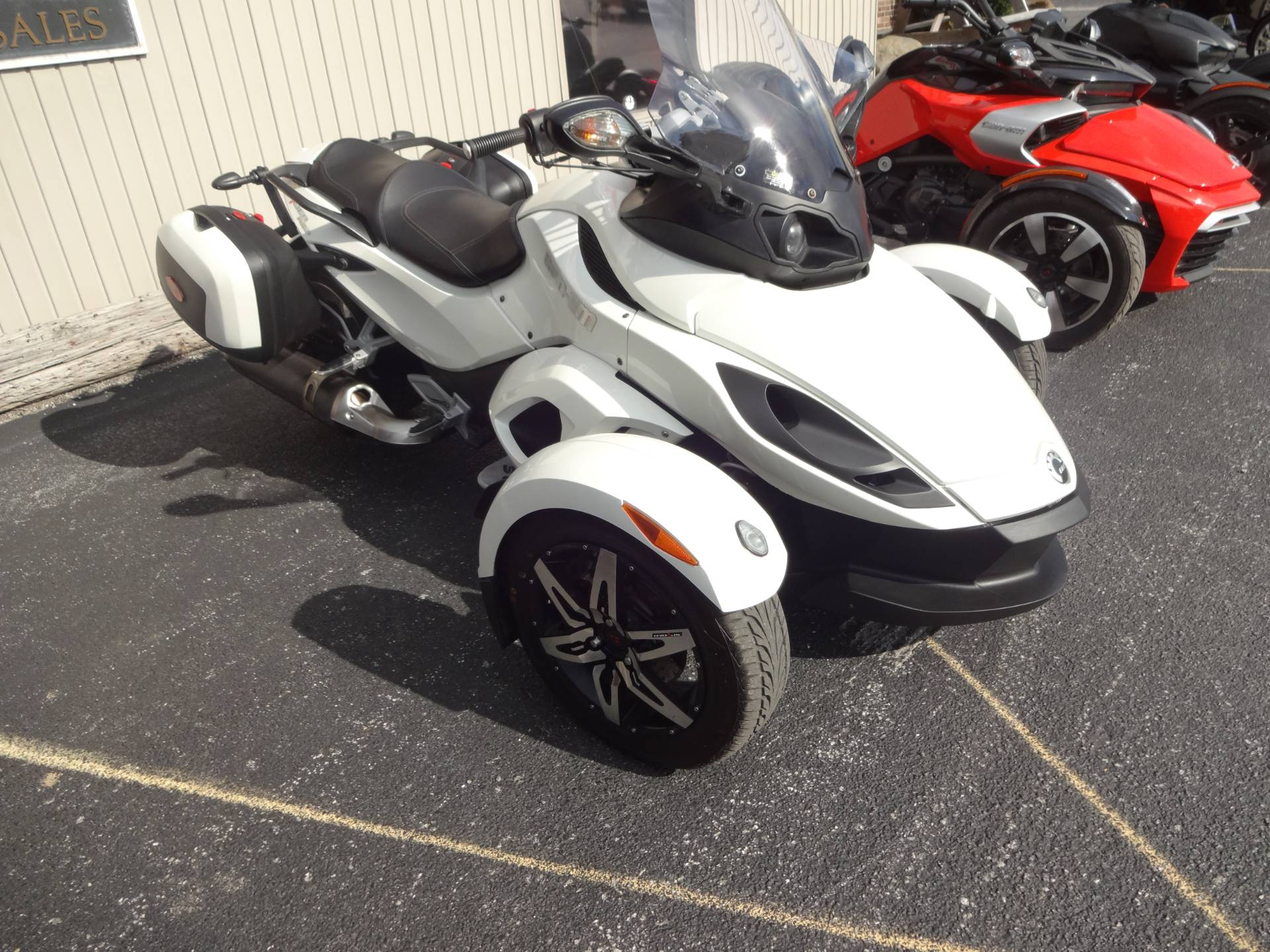 2010 Can-Am Spyder® RS-S SE5 in Zulu, Indiana - Photo 1