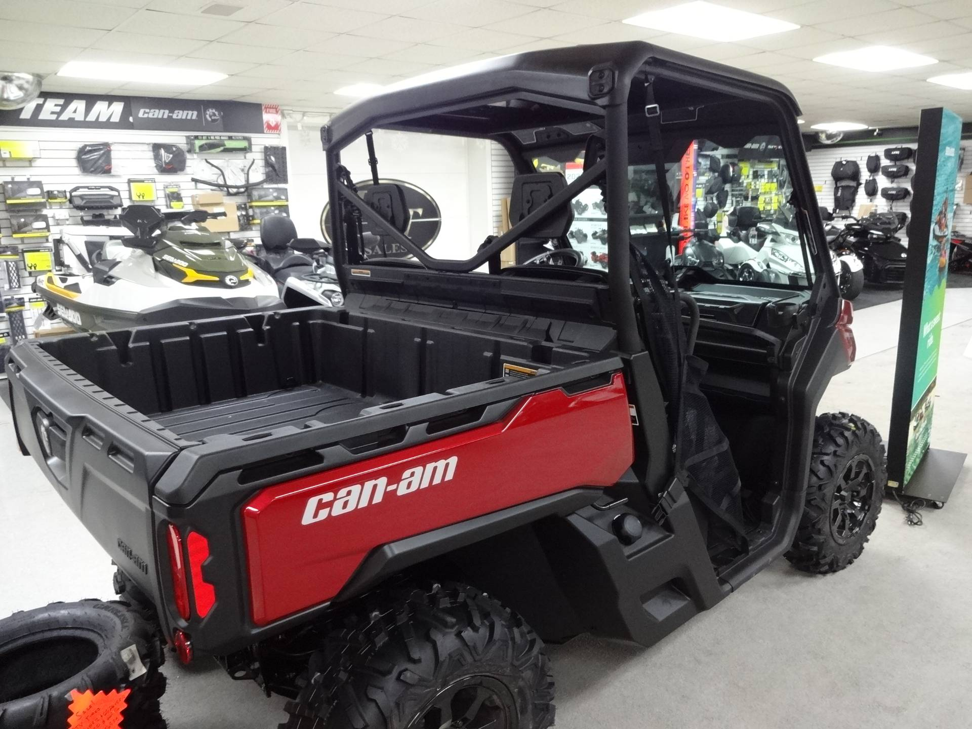 2019 Can-Am Defender XT HD10 in Zulu, Indiana - Photo 4