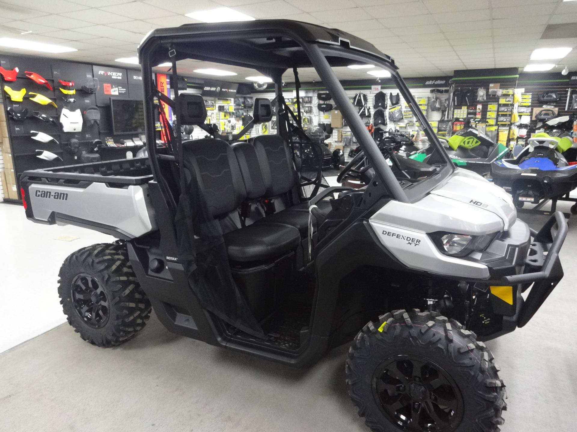 2020 Can-Am Defender XT HD8 in Zulu, Indiana - Photo 2