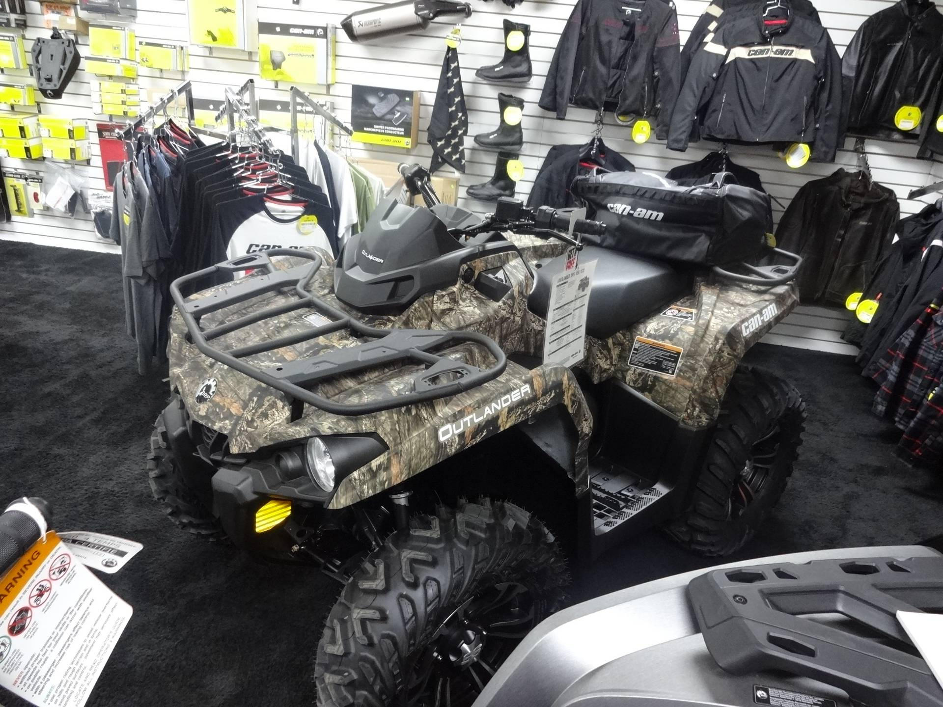 2018 Can-Am Outlander DPS 570 in Zulu, Indiana