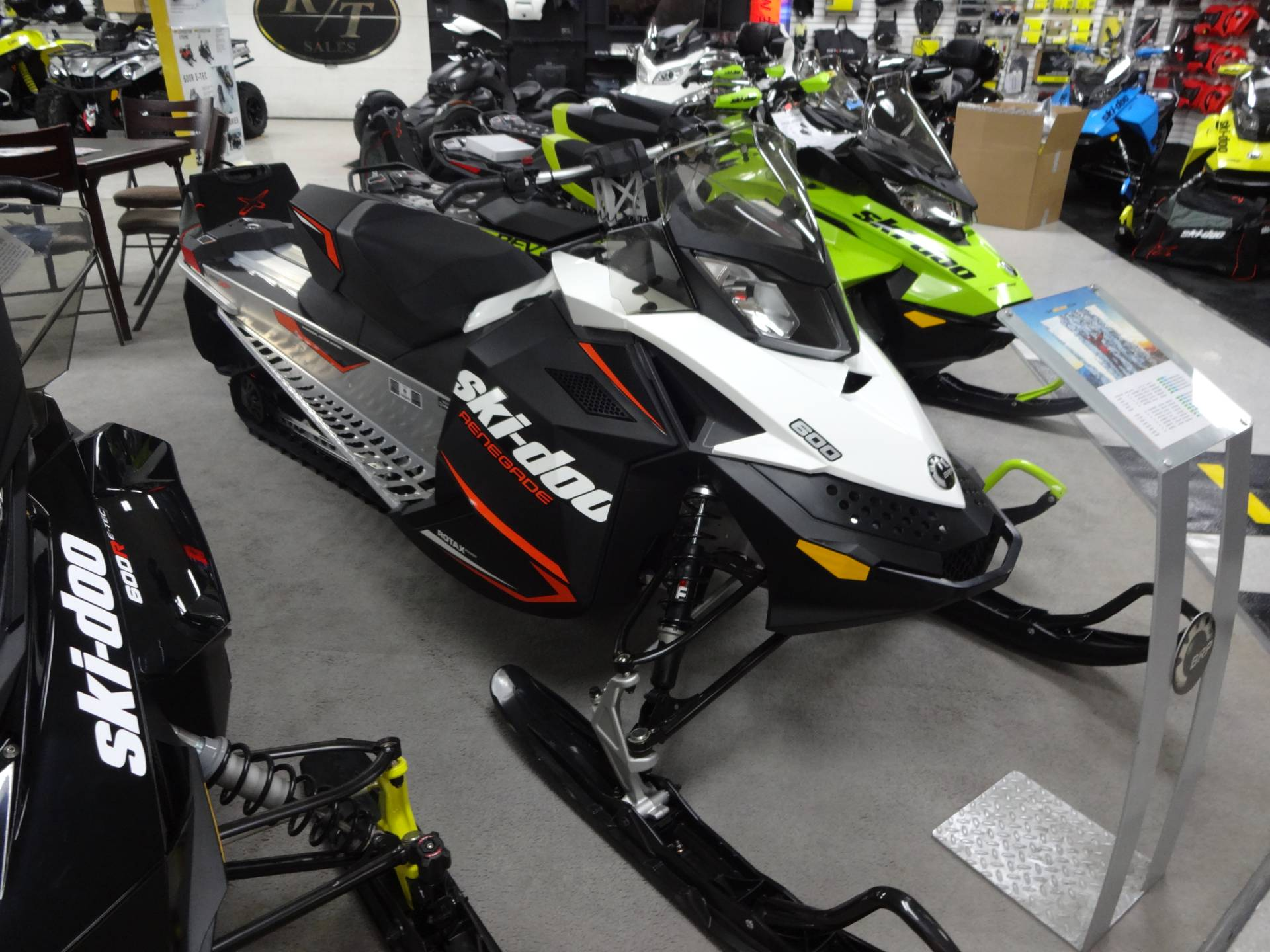 2020 Ski-Doo Renegade Sport 600 Carb ES REV-XP in Zulu, Indiana - Photo 1