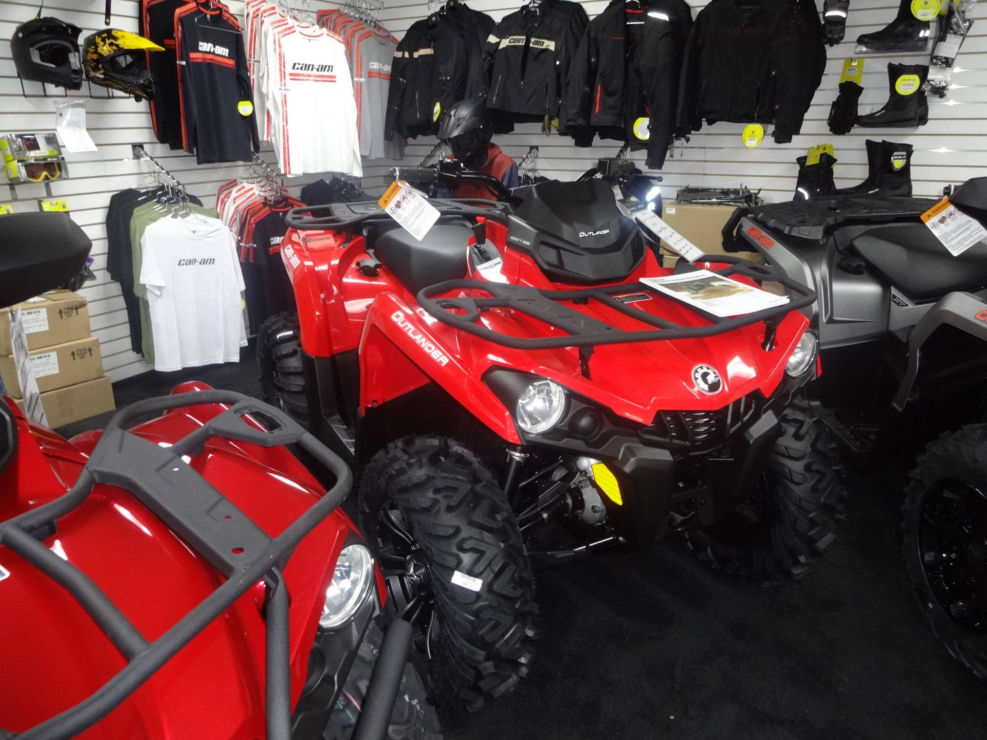 2017 Can-Am Outlander 450 in Zulu, Indiana