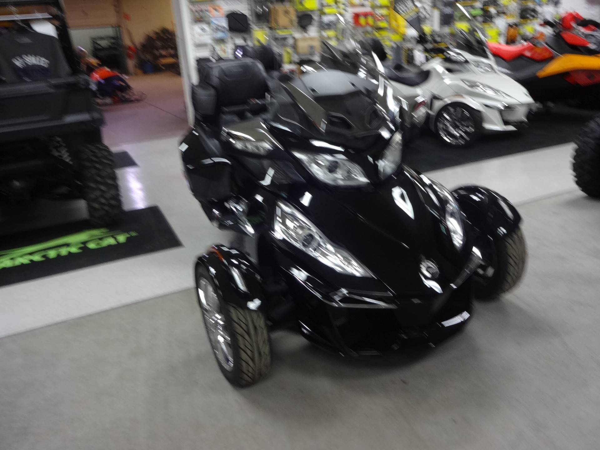 2016 Can Am Spyder Rt Limited In Zulu Indiana Photo 1