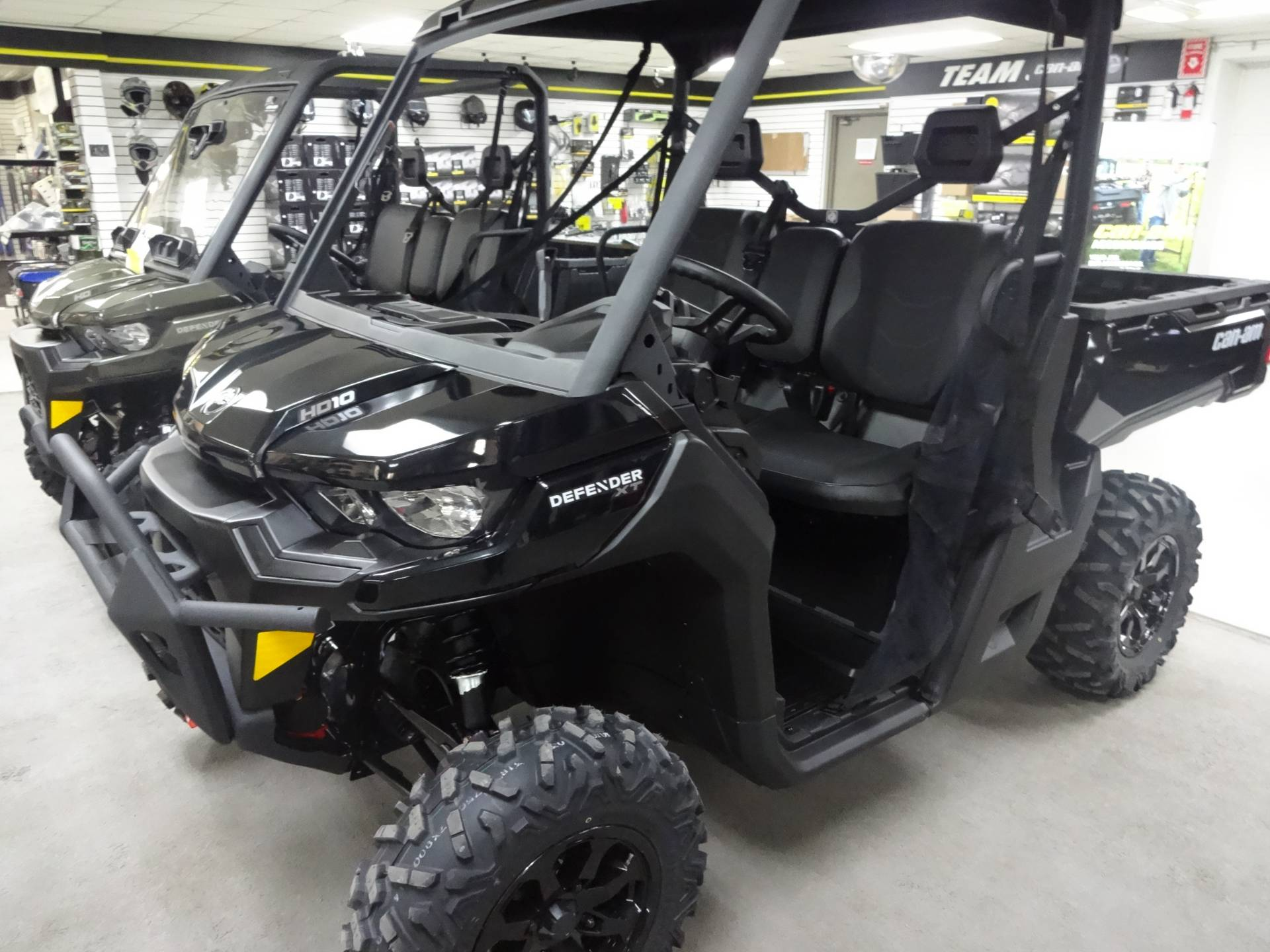 2021 Can-Am Defender XT HD10 in Zulu, Indiana - Photo 2